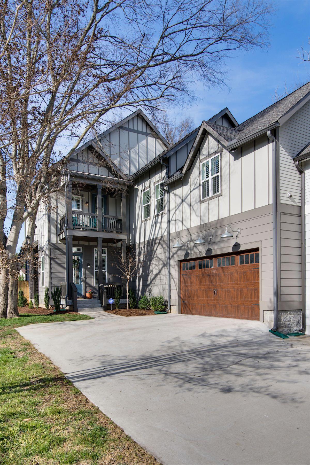 Частный односемейный дом для того Продажа на Picture Perfect 12 South Home 908B Gale Ln Nashville, Теннесси, 37204 Соединенные Штаты