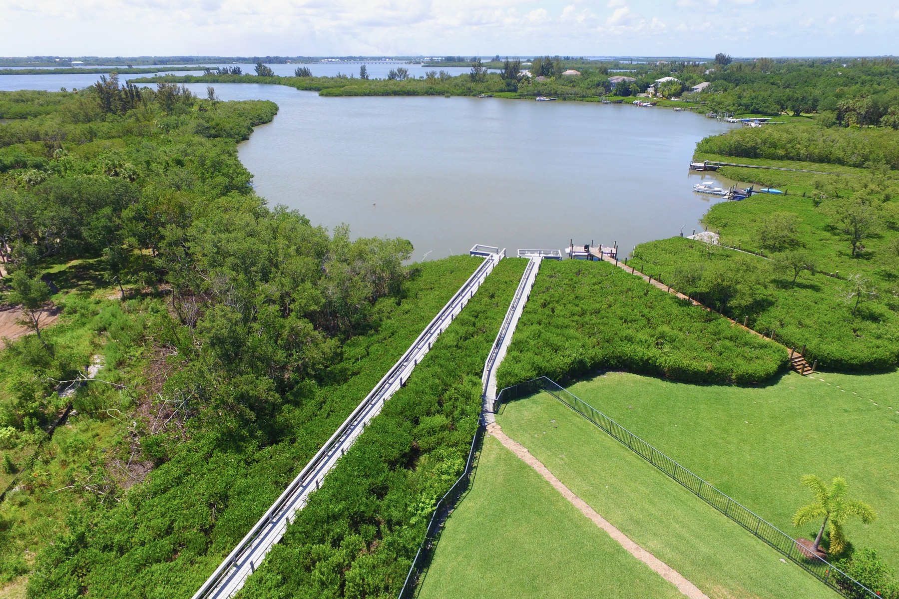 Additional photo for property listing at Waterfront Estate with Private Dock 8485 Seacrest Drive Vero Beach, Florida 32963 United States