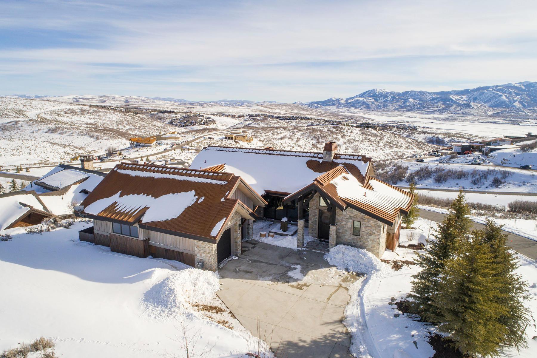 Einfamilienhaus für Verkauf beim Spectacular Recently Finished Designer Home Plus Great Views in Promontory 8982 N Mountain Crest Rd, Park City, Utah, 84098 Vereinigte Staaten