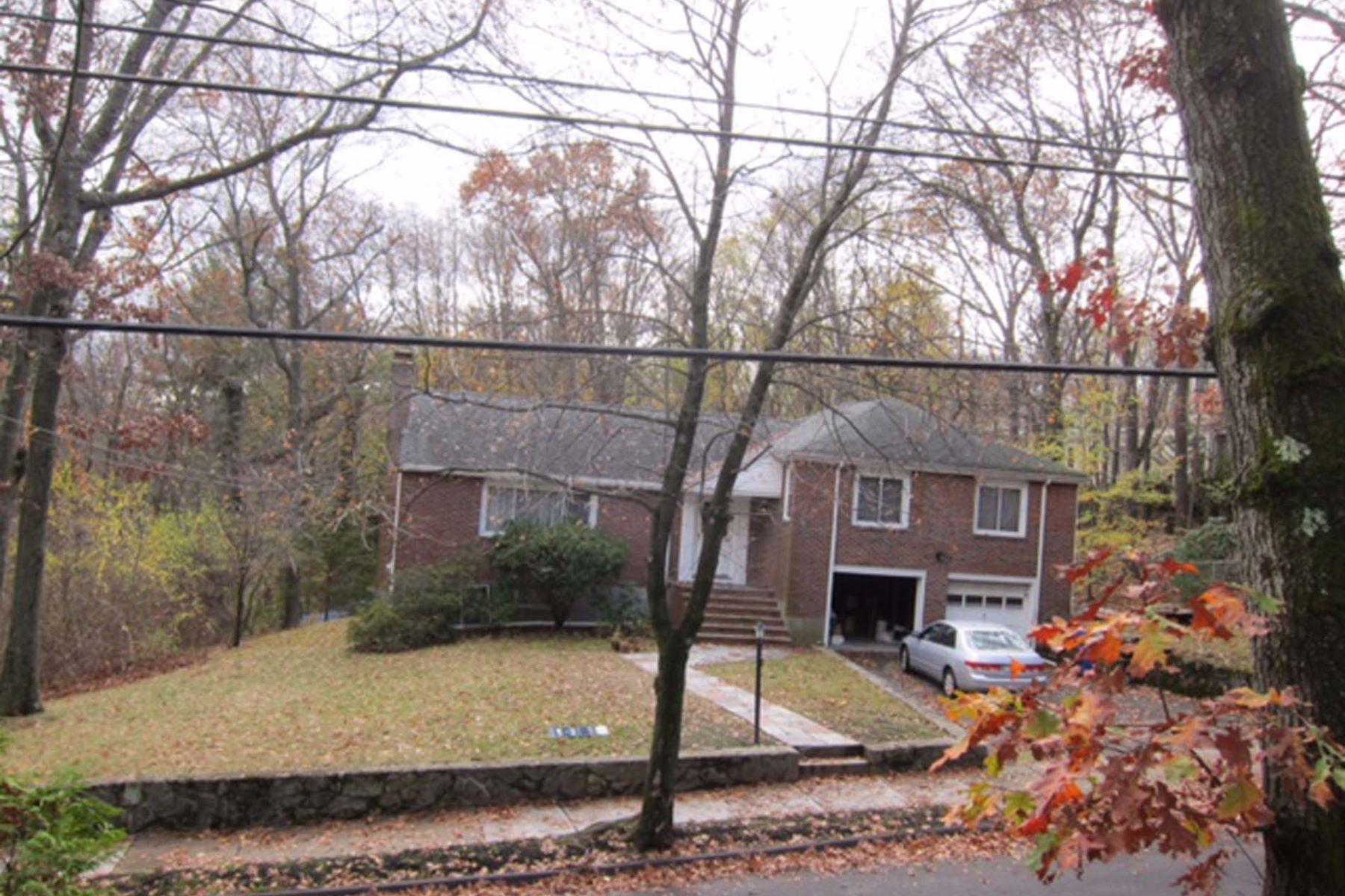 Eensgezinswoning voor Verkoop een t 156 Otis Street, Newton 156 Otis St Newton, Massachusetts 02465 Verenigde Staten