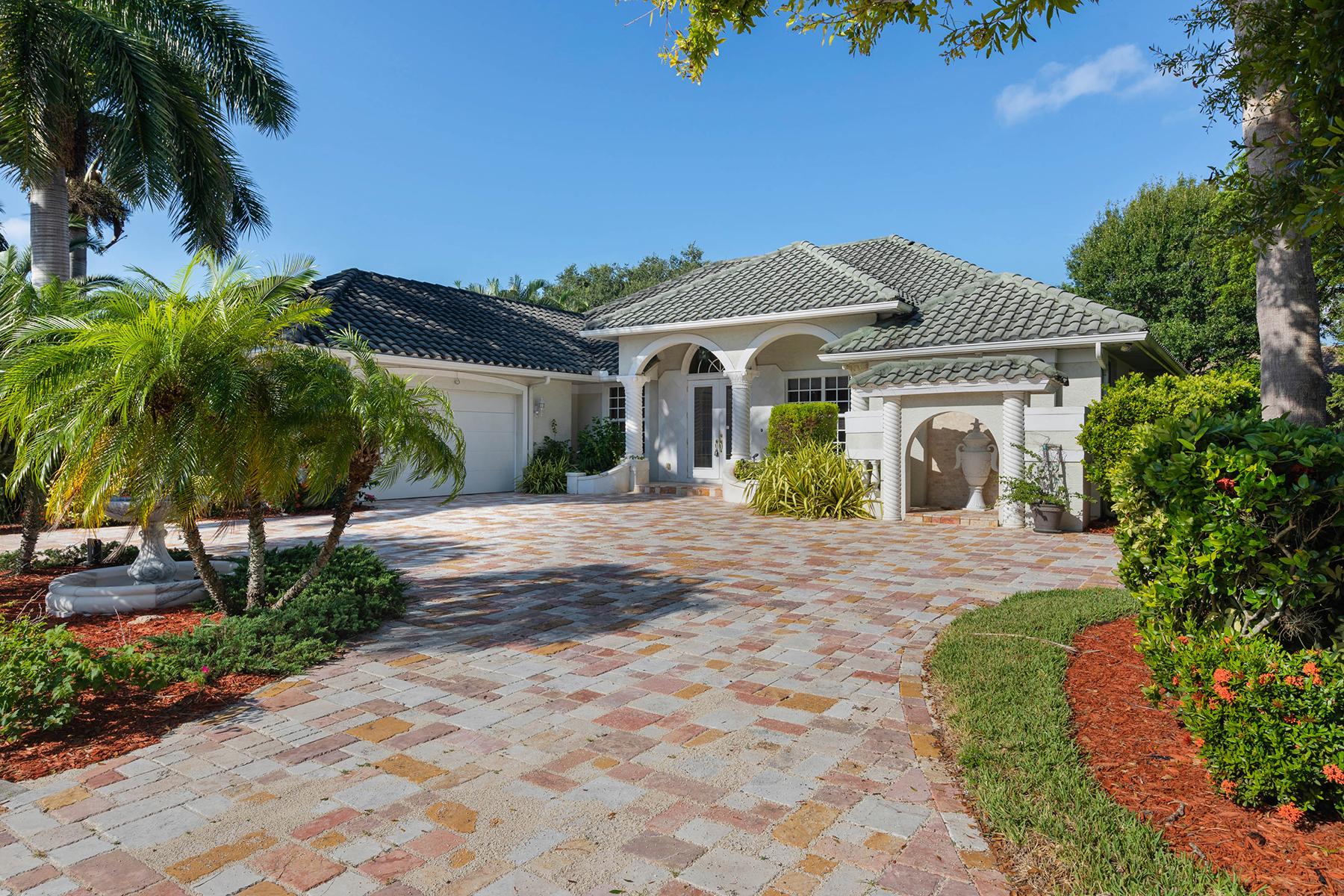Single Family Homes por un Venta en CARILLON WOODS 22 Timberland Cir S, Fort Myers, Florida 33919 Estados Unidos