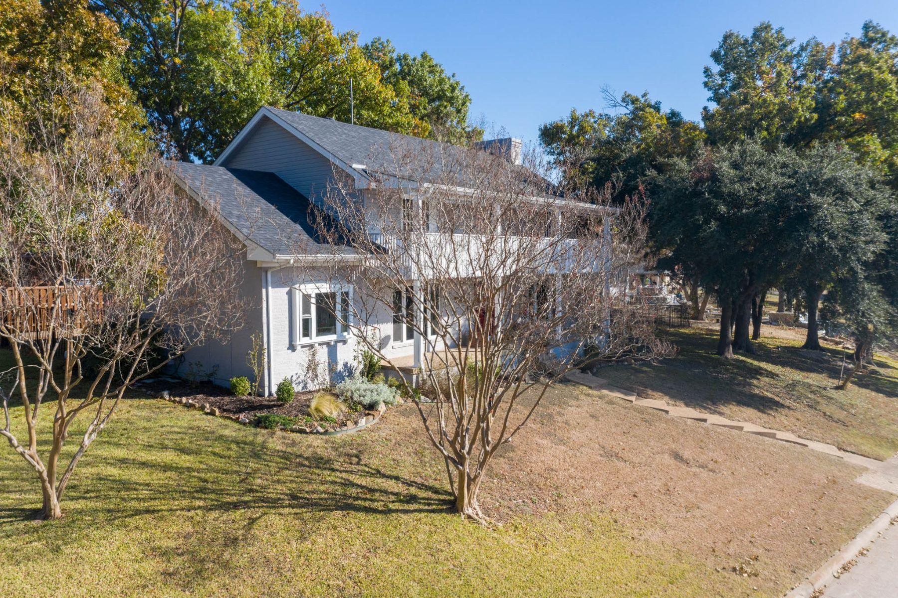 Single Family Homes für Verkauf beim COME CHECK OUT THIS VIEW! 113 Summit Ridge Drive, Rockwall, Texas 75087 Vereinigte Staaten