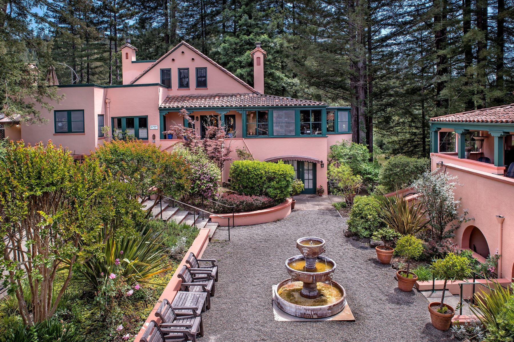Other Residential Homes por un Venta en Applewood Inn 13555 Highway 116 Guerneville, California 95446 Estados Unidos