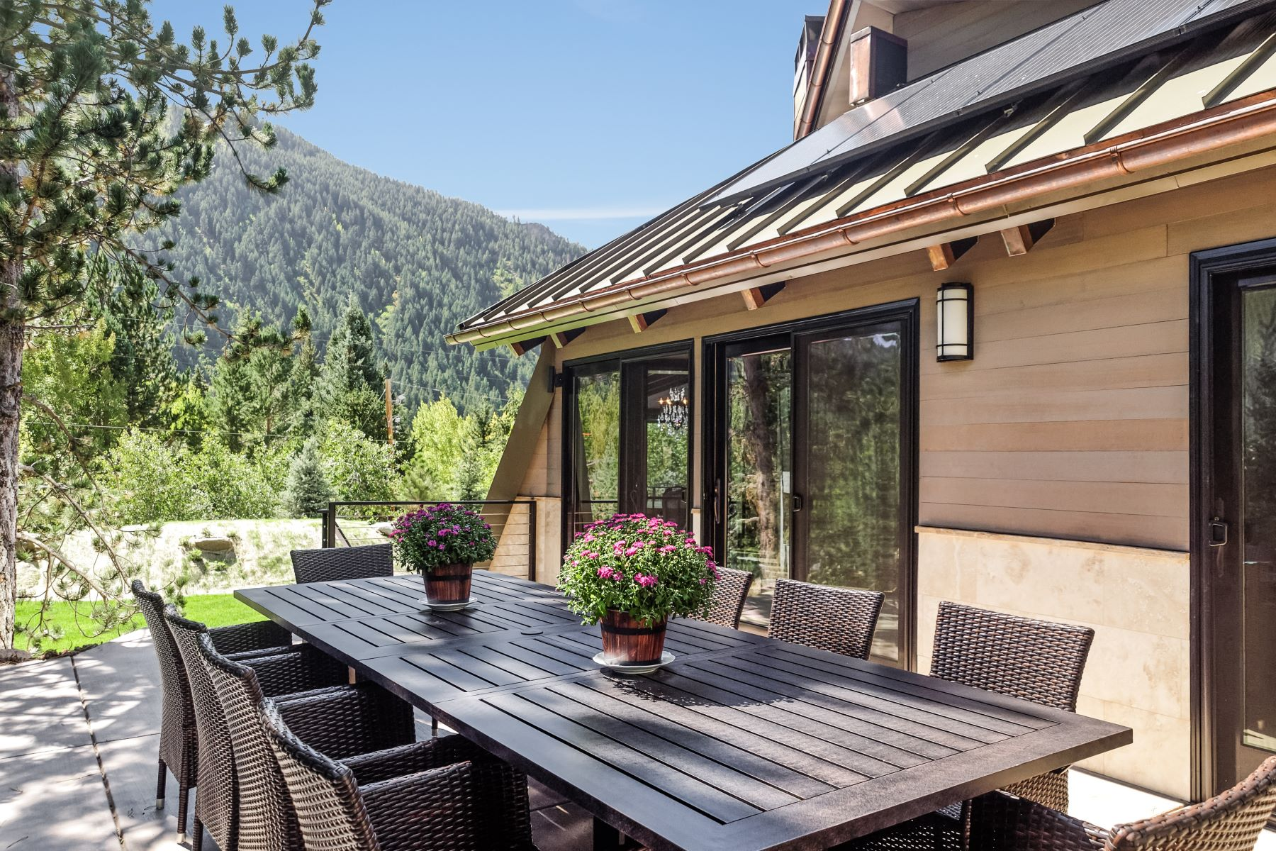 Additional photo for property listing at Exquisite Mountain Contemporary 39 Roaring Fork Drive Aspen, Colorado 81611 United States