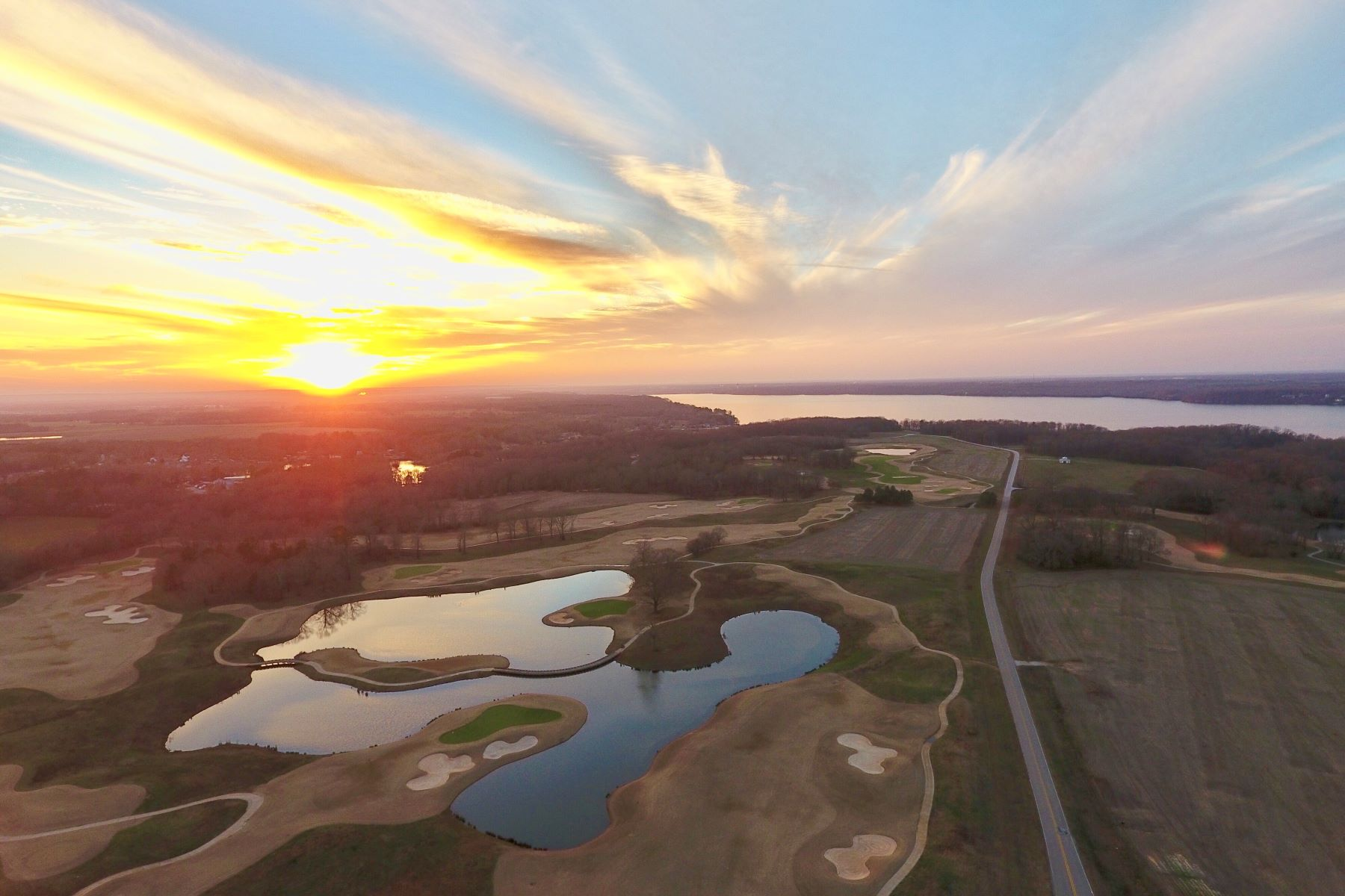 Land for Active at Stunning Lake Front Property 143 County Road 314 Town Creek, Alabama 35672 United States