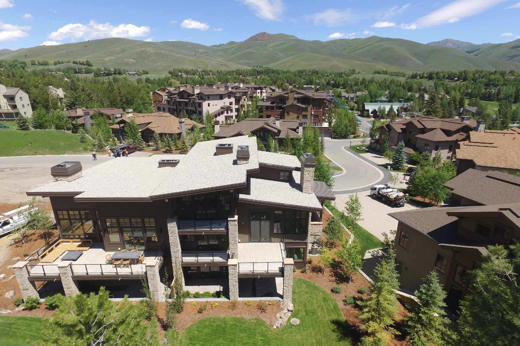 Additional photo for property listing at New Paired Townhouses 117 Senabi Lane Sun Valley, Idaho 83353 États-Unis