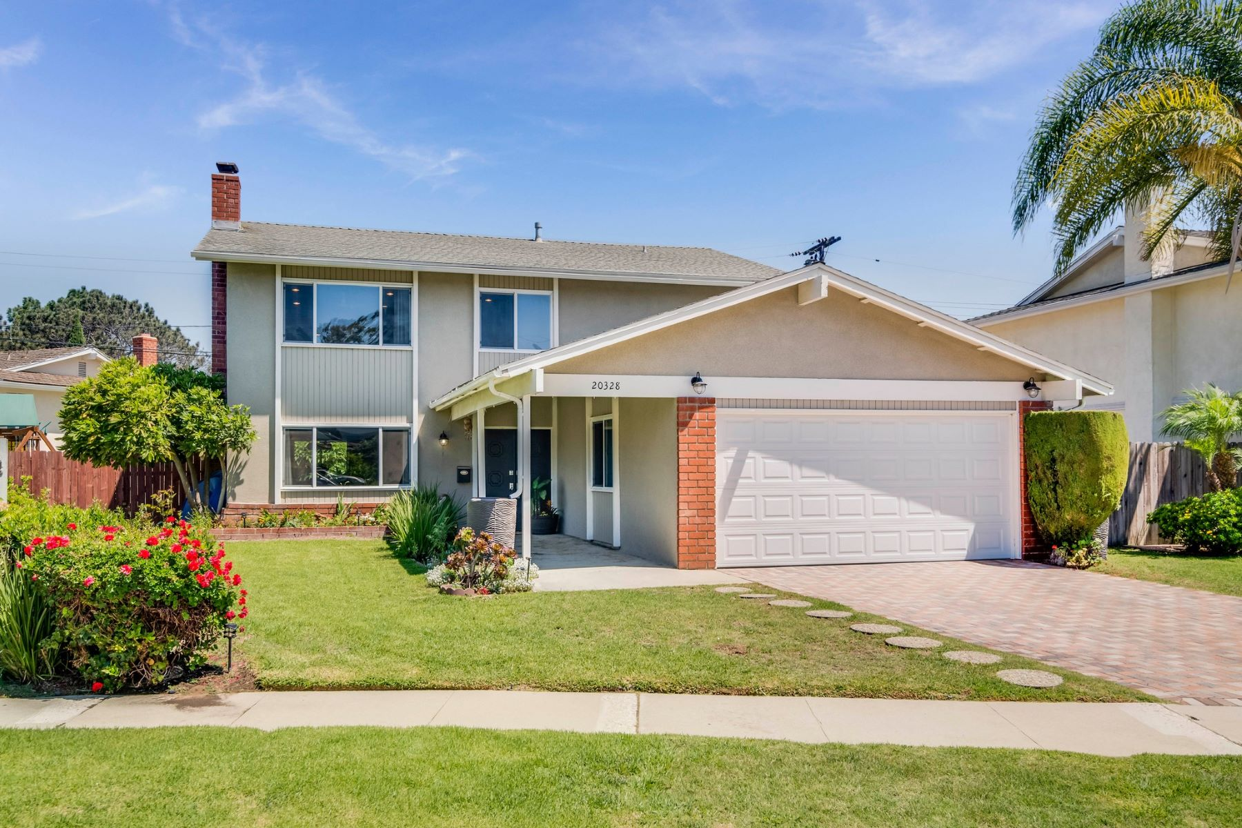 Single Family Home for Sale at 20328 Roslin Avenue Torrance, California 90503 United States