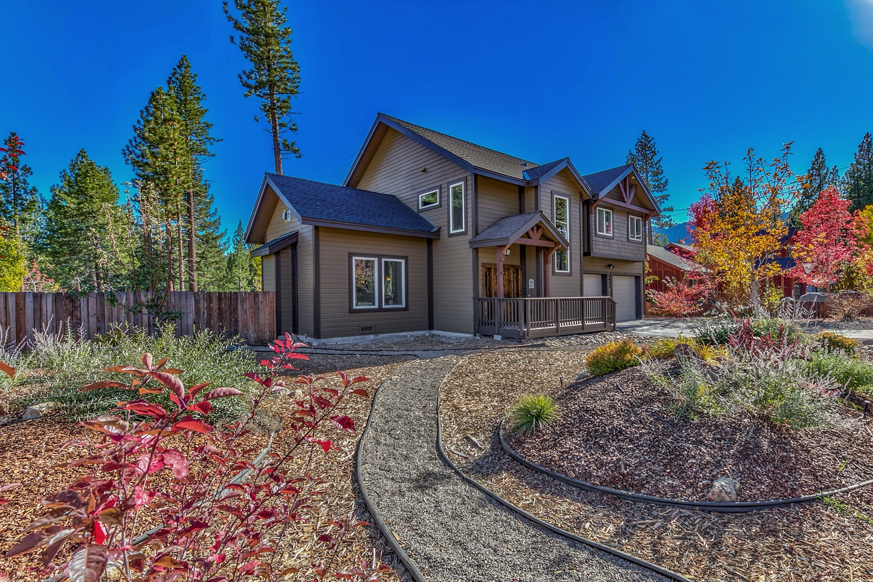 Single Family Home for Active at 1453 Mount Olympia Circle, South Lake Tahoe, CA, 96150 1453 Mount Olympia Cir South Lake Tahoe, California 96150 United States