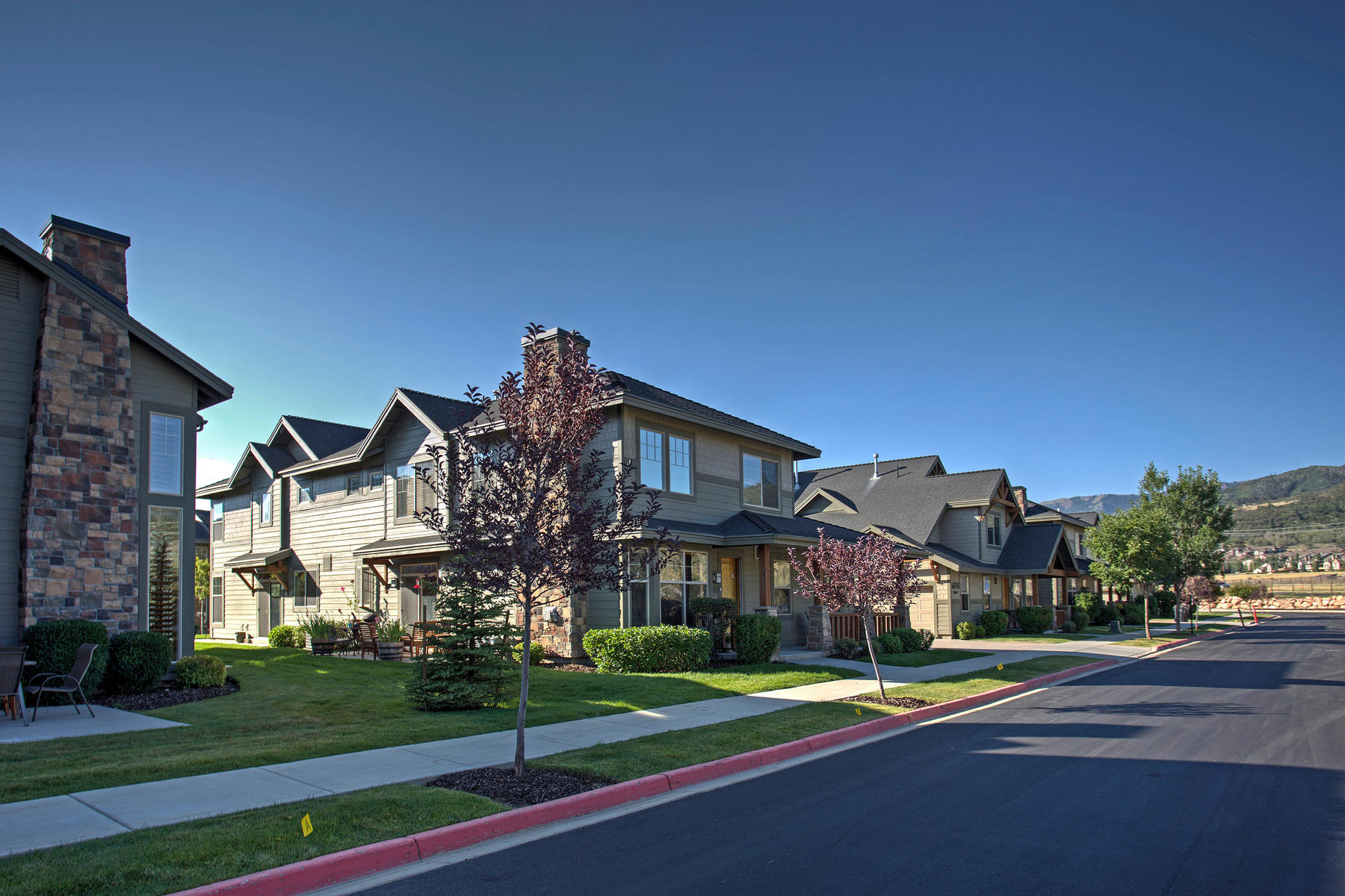 "Townhouse for Sale at Popular Fox Point ""Elk"" Floorplan in Building 32 with spacious patio 6010 N Fox Point Cir B-1 Park City, Utah 84098 United States"