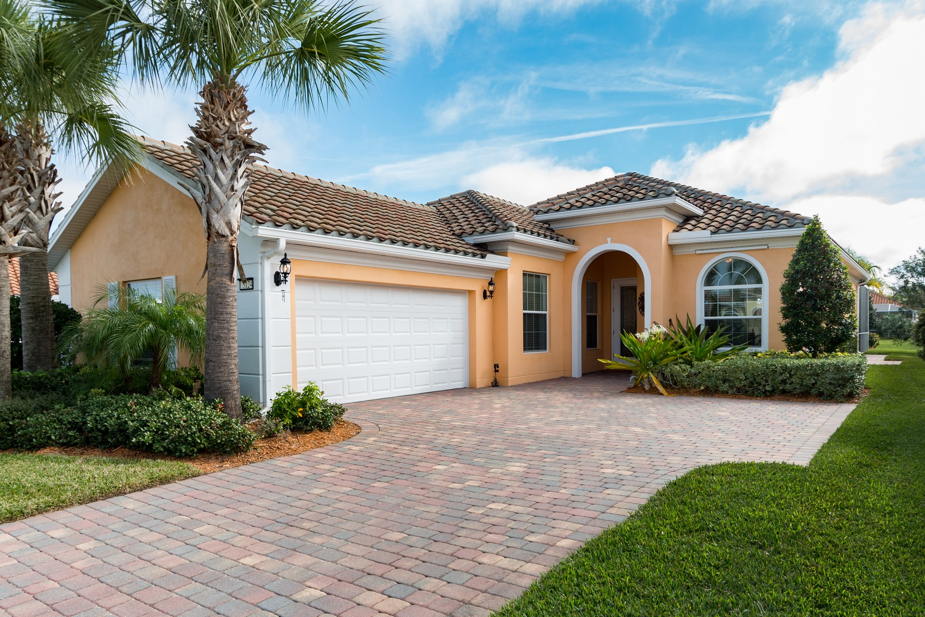 Property for Sale at Picture Perfect Pool Home 5124 Formosa Circle Vero Beach, Florida 32967 United States
