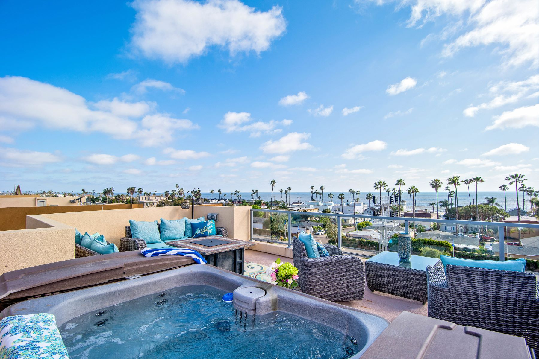 townhouses por un Venta en Coastal Townlofts of Oceanside 465 S Cleveland Street Unit 104 Oceanside, California 92054 Estados Unidos