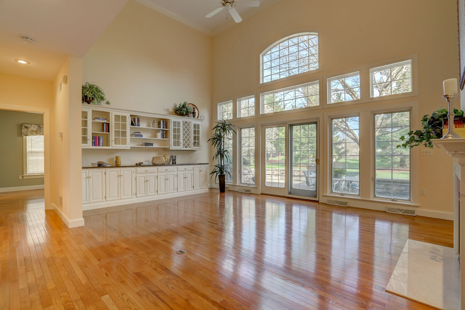 Additional photo for property listing at 805 Woodfield Drive  立提兹市, 宾夕法尼亚州 17543 美国