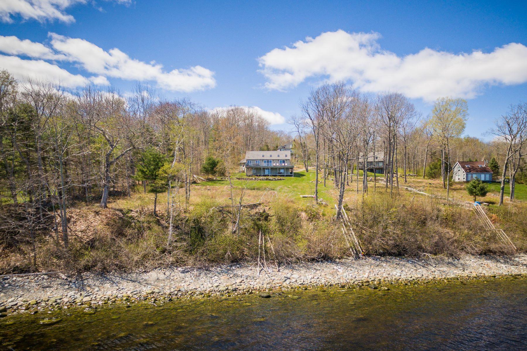 Moradia para Venda às 41 Sea View Drive Lincolnville, Maine, 04849 Estados Unidos