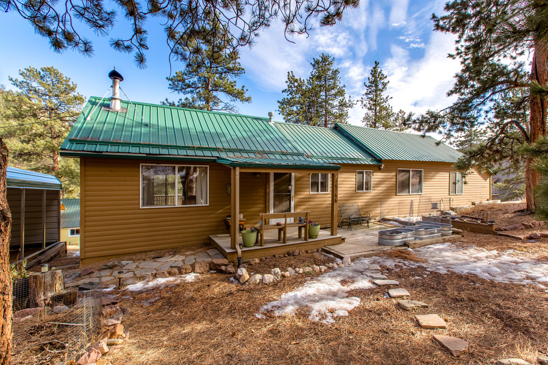 Single Family Homes for Sale at Charming Cabin in Pine 16766 South 4th Street Pine, Colorado 80470 United States