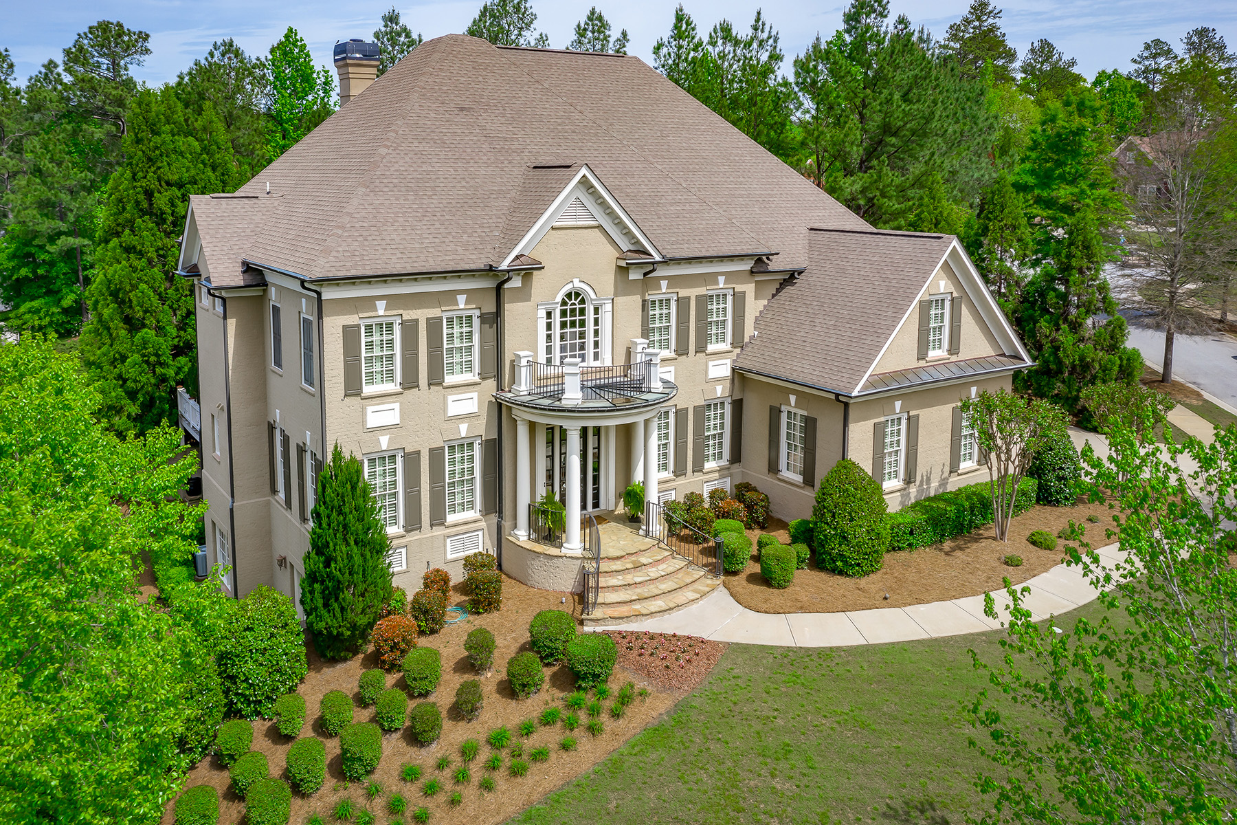 Single Family Homes for Sale at Grand Brick Estate Home in Prestigious Governors Towne Club 19 Troup Court Acworth, Georgia 30101 United States
