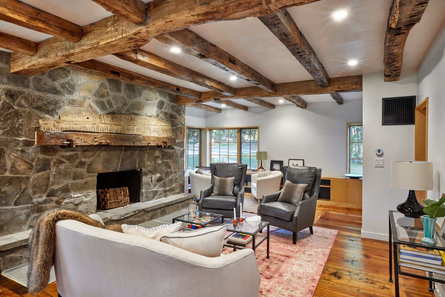 Additional photo for property listing at Modern Farmhouse 205 E Fallkill Rd Clinton Corners, New York 12514 United States