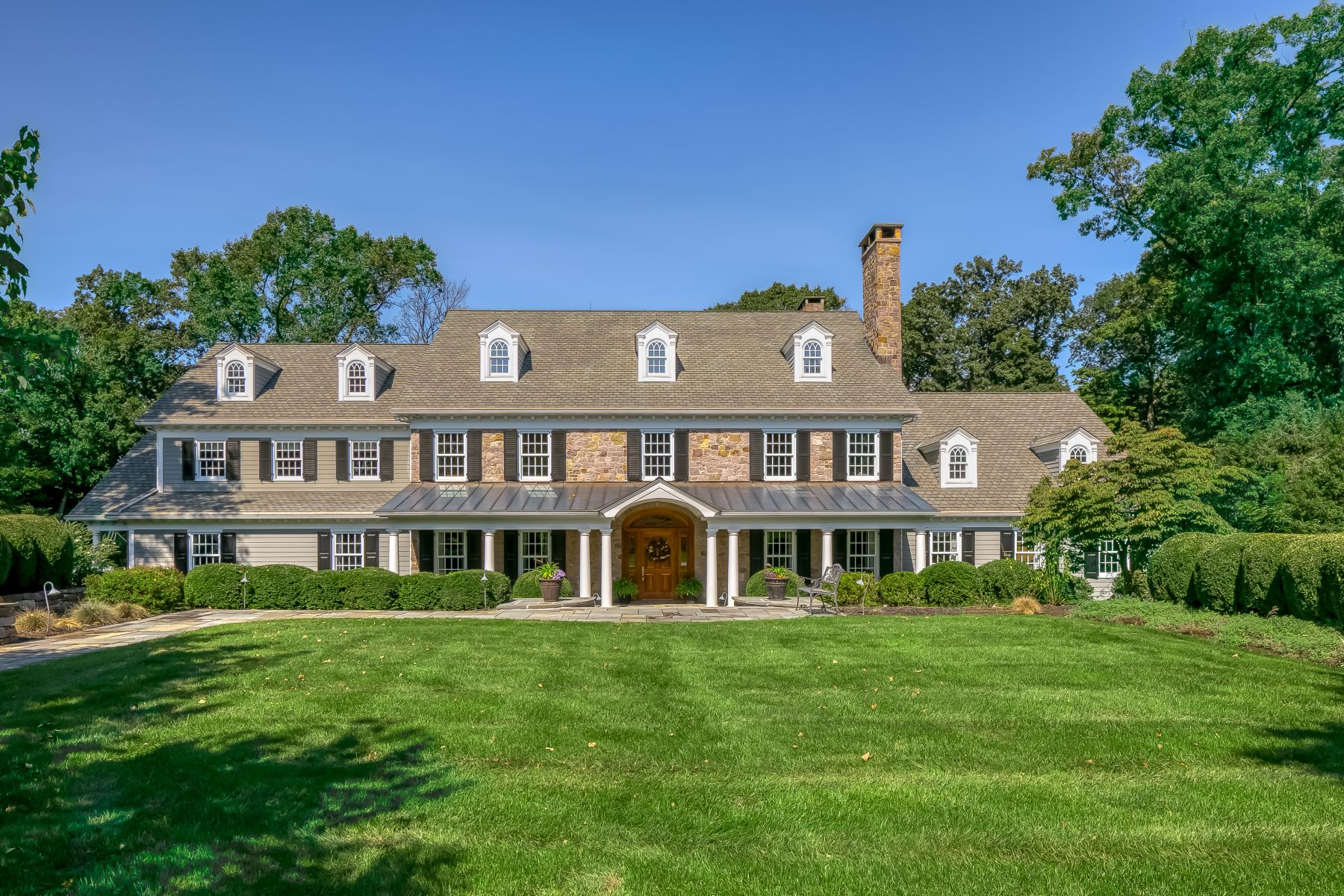 Single Family Home for Sale at Gorgeous Custom Home 2 Sherwood Farm Road, Far Hills, New Jersey 07931 United States