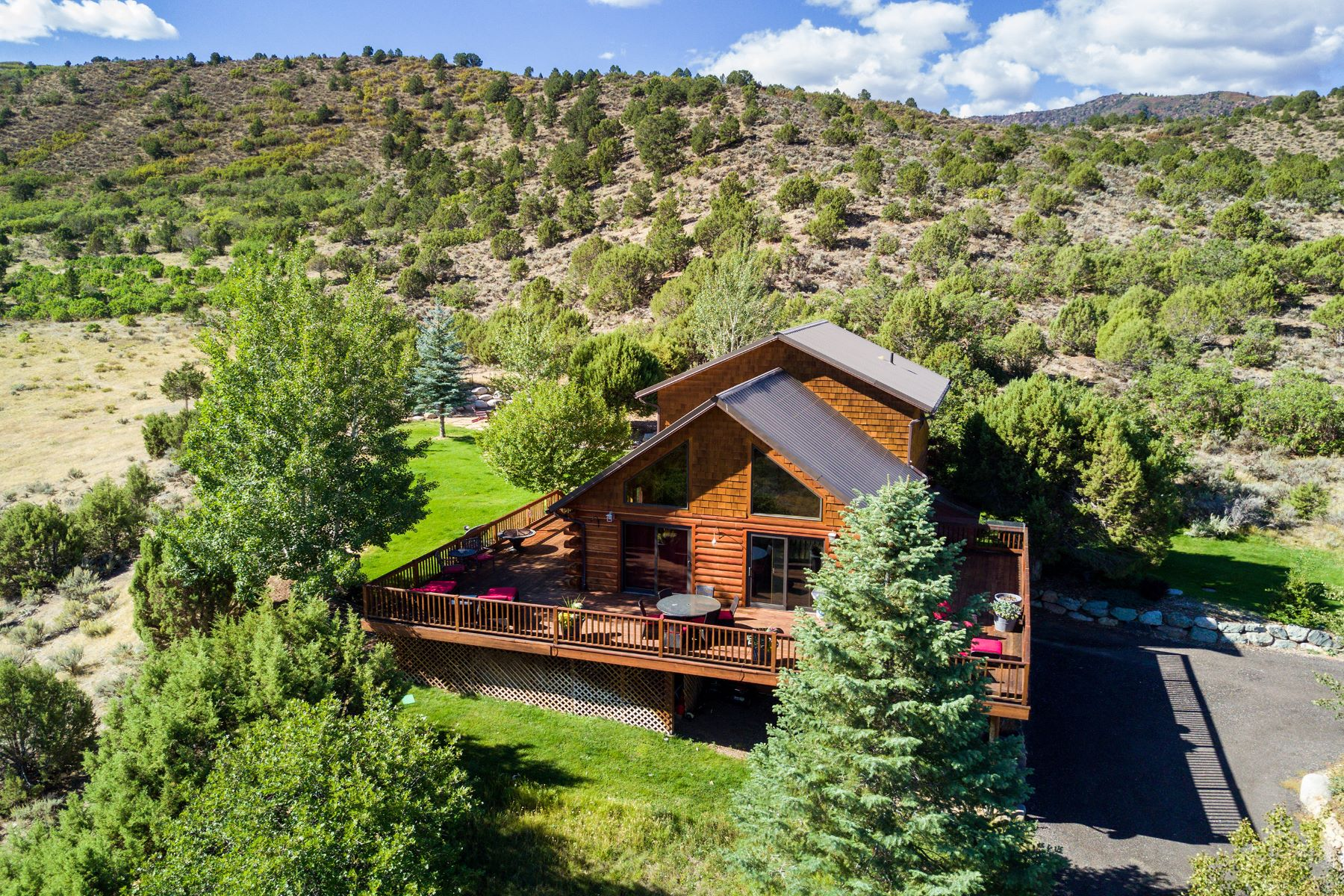 Casa Unifamiliar por un Venta en Forty–Acre Ranch Surrounded by Open Space 1436 Hooks Spur Lane Basalt, Colorado 81621 Estados Unidos