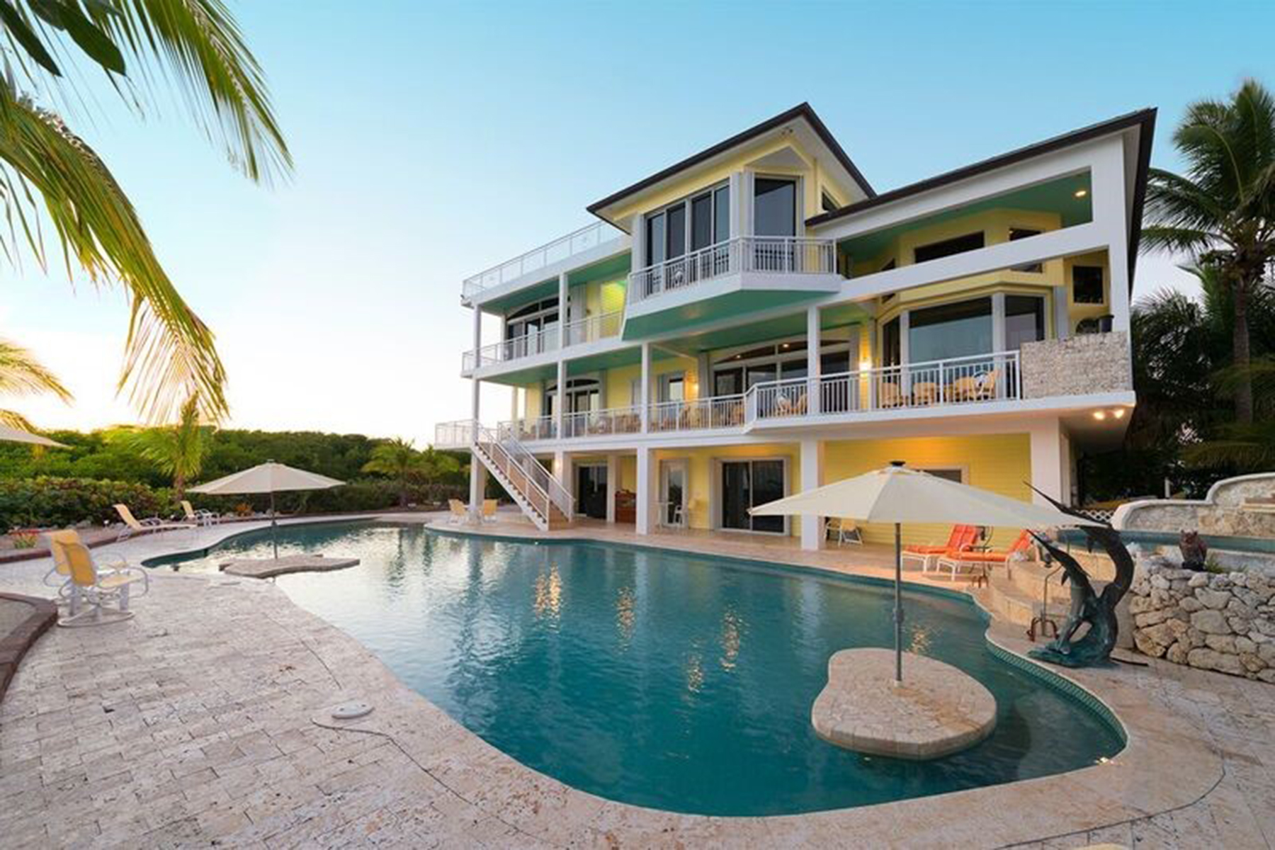 Single Family Homes for Active at MANDALAY - KEY LARGO 97251 Overseas Highway Key Largo, Florida 33037 United States