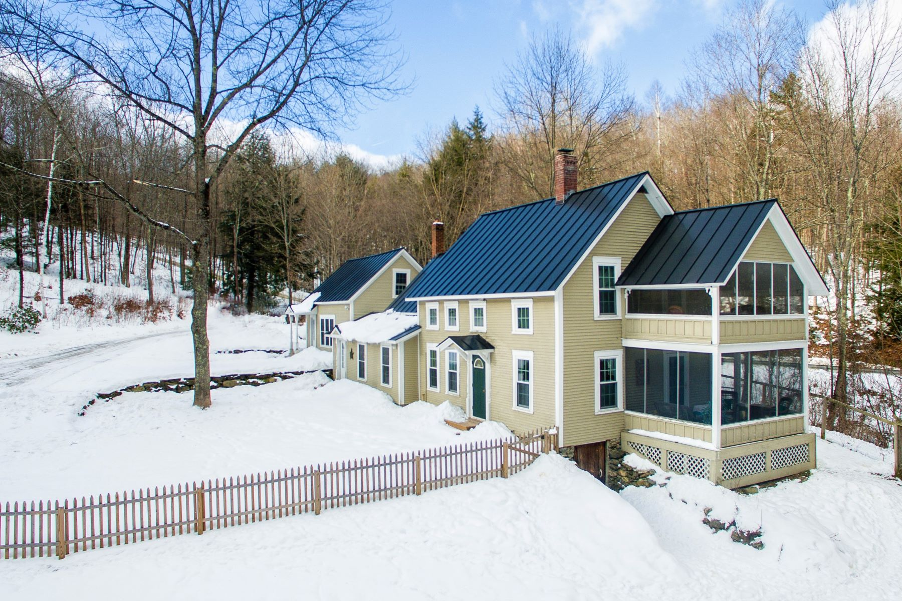 Single Family Home for Sale at Endless Mountain Views 873 Liberty Hill Rd Rochester, Vermont 05767 United States