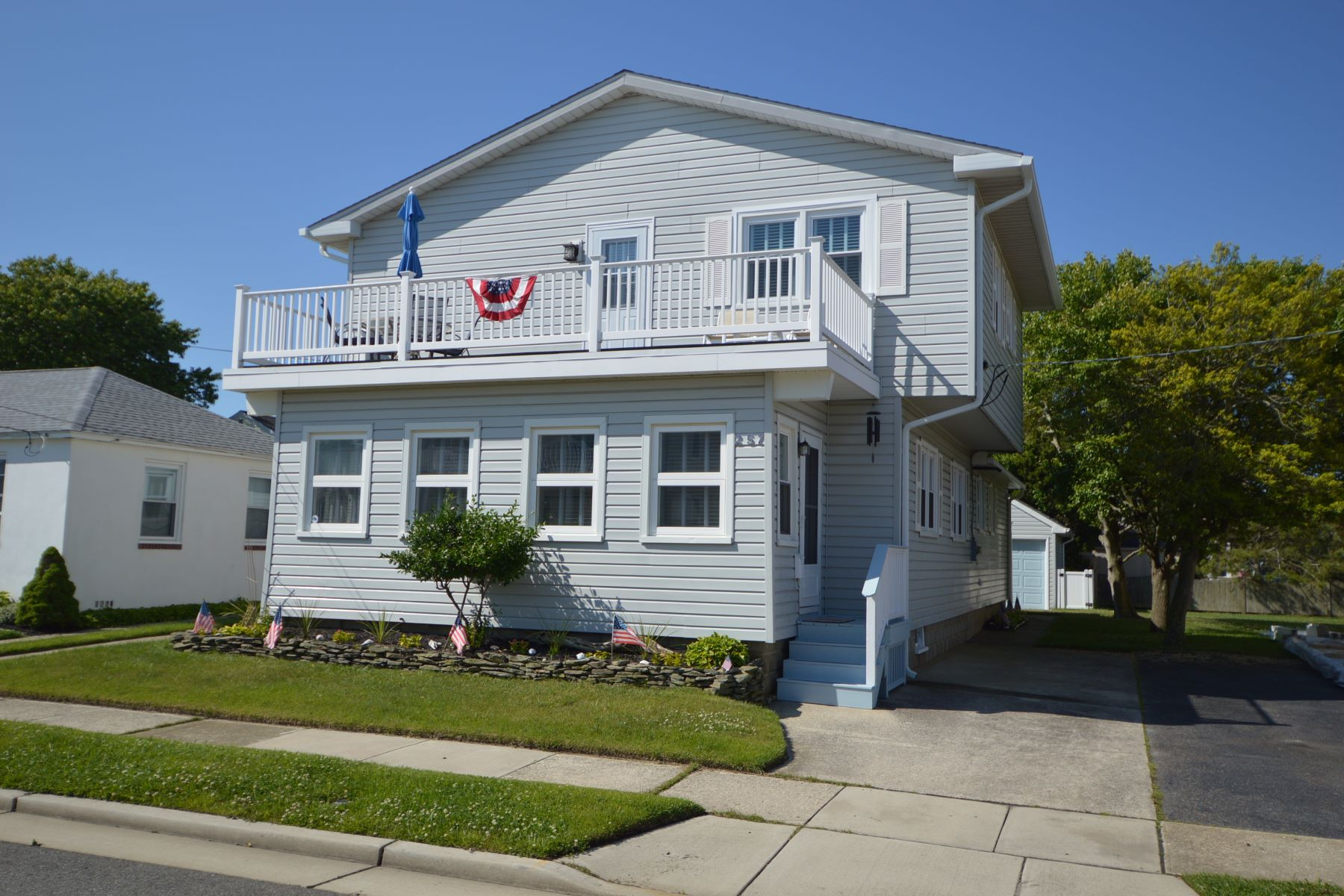 Single Family Home for Rent at Convenient Location 257 86th Street, Stone Harbor, New Jersey 08247 United States
