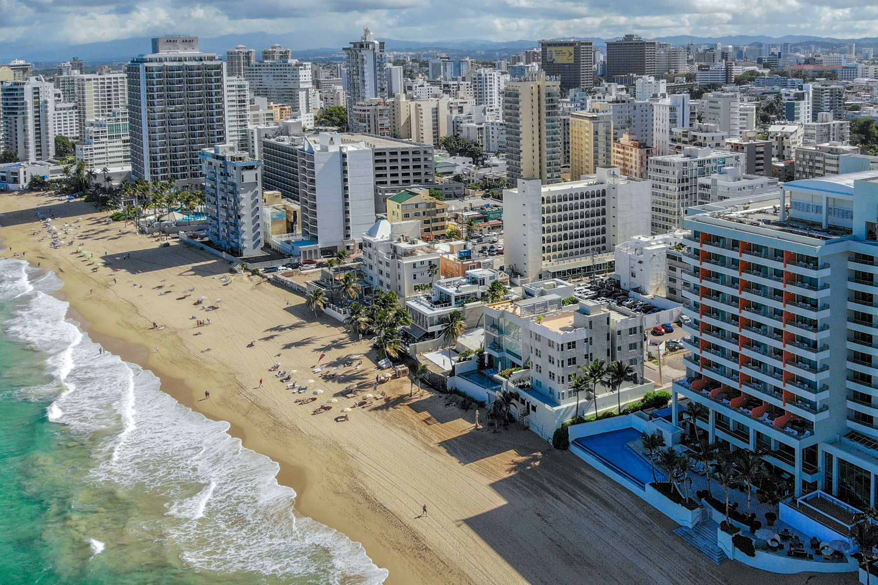 Additional photo for property listing at Oceanfront Lots in Prime Condado Beach Location 1126, 1127 Vendig and Seaview Street San Juan, 00907 Puerto Rico