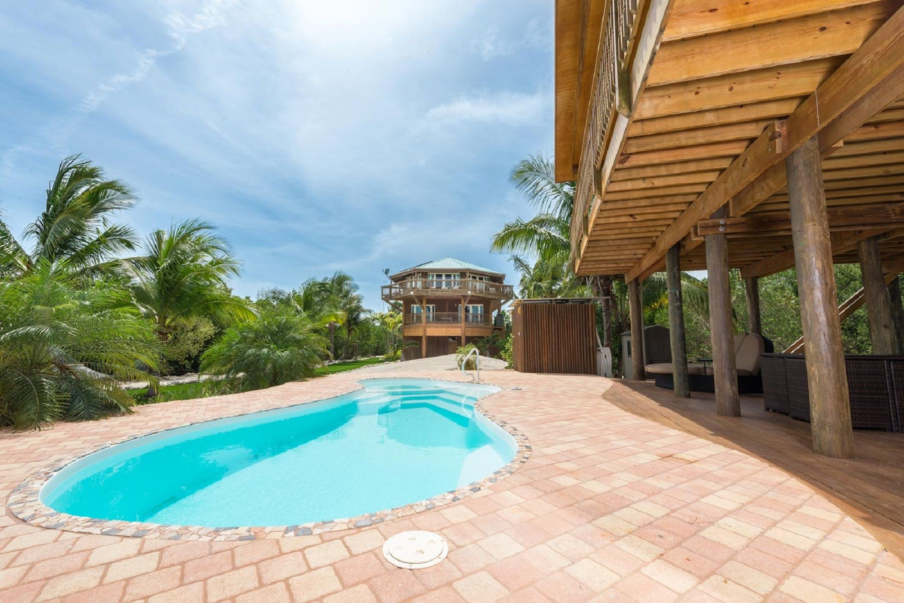 Additional photo for property listing at Relax to the Tune of Melody Key 1 Melody Key Summerland Key, Florida 33042 United States