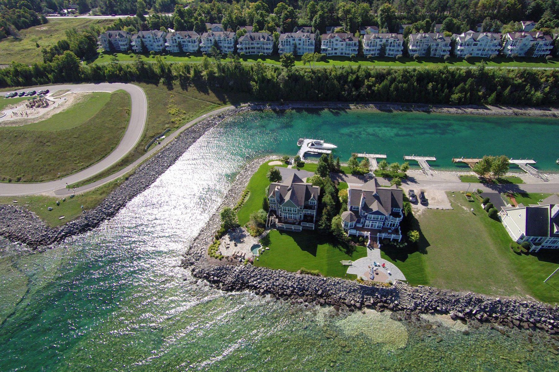 Terreno para Venda às 88 feet of frontage on Lake Michigan and Village Harbor Lake 3220 Village Harbor Drive, Bay Harbor, Michigan 49770 Estados Unidos