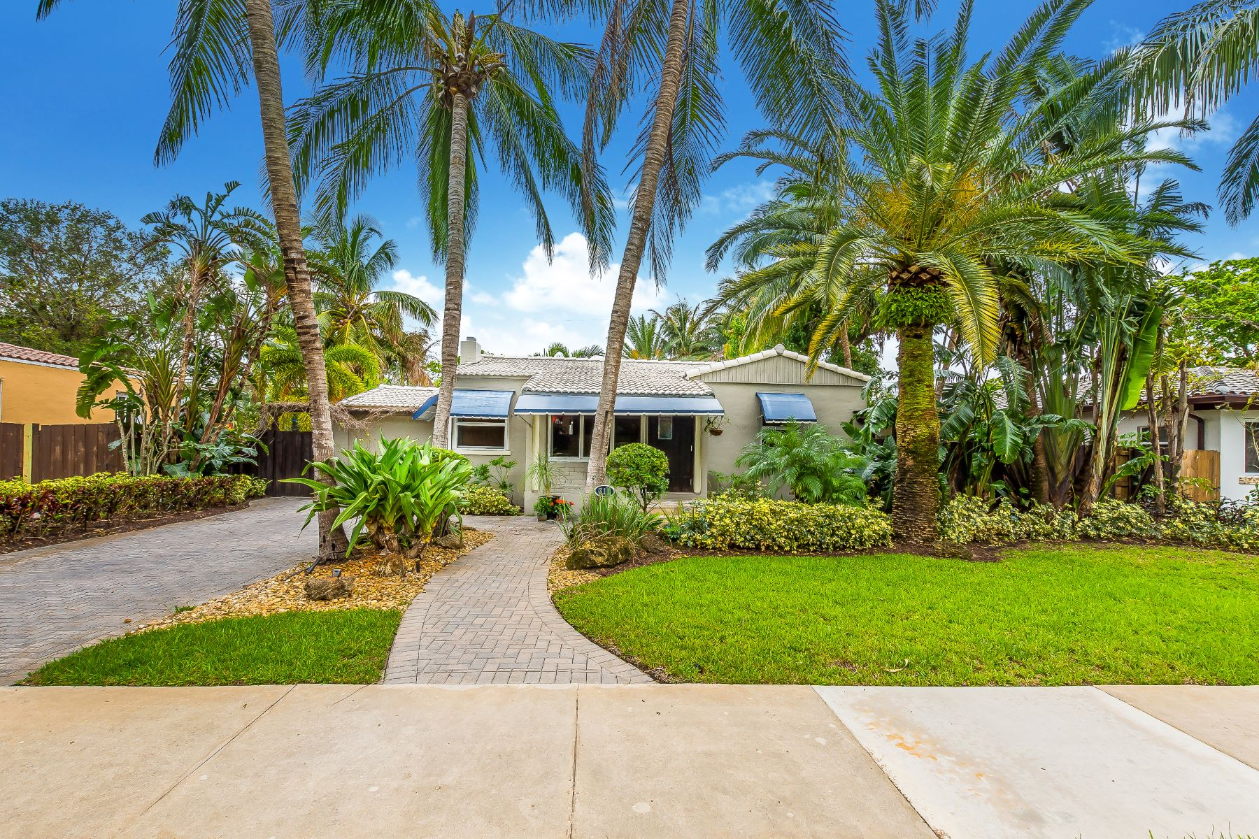 House for Sale at 311 Hibiscus Dr 311 Hibiscus Dr Miami Springs, Florida 33166 United States