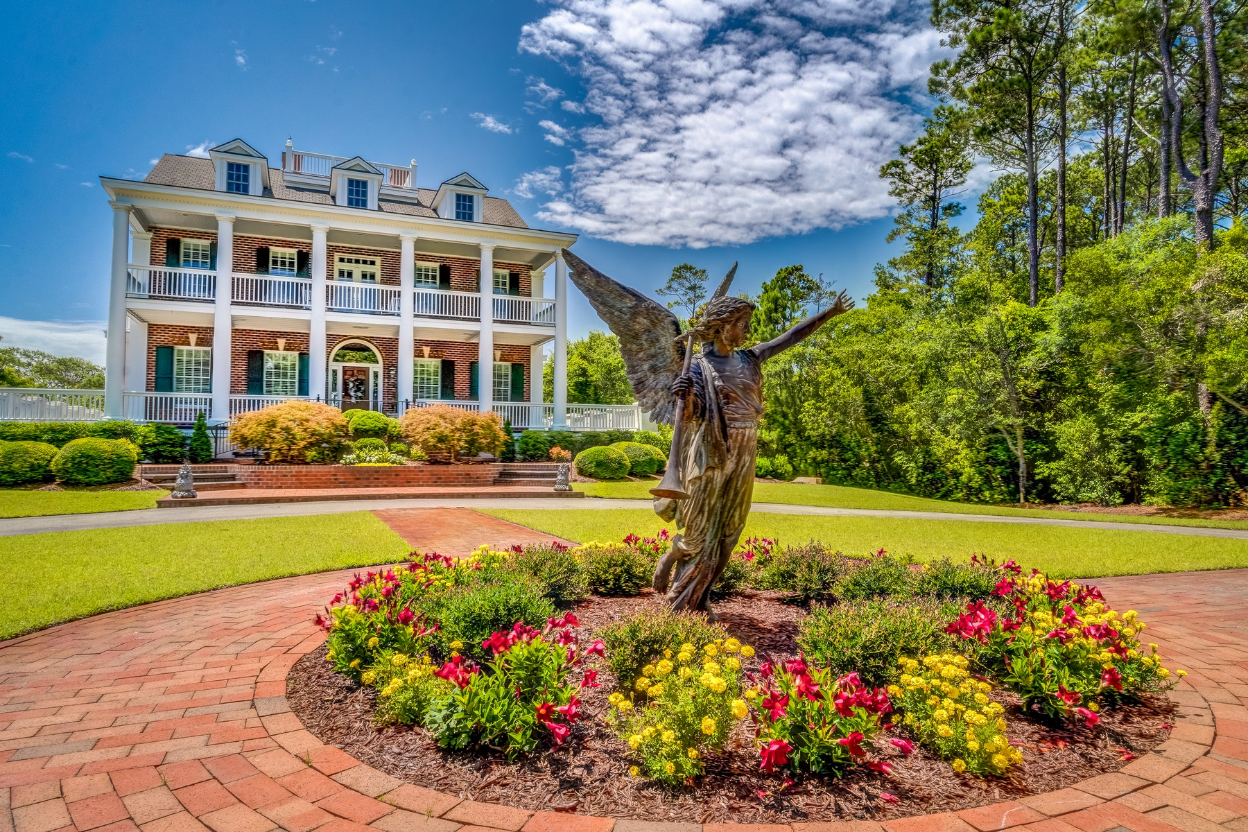 Single Family Home for Sale at Private Waterfront Estate offers only Finest Appointments 118 Buena Vista Drive, Newport, North Carolina, 28470 United States