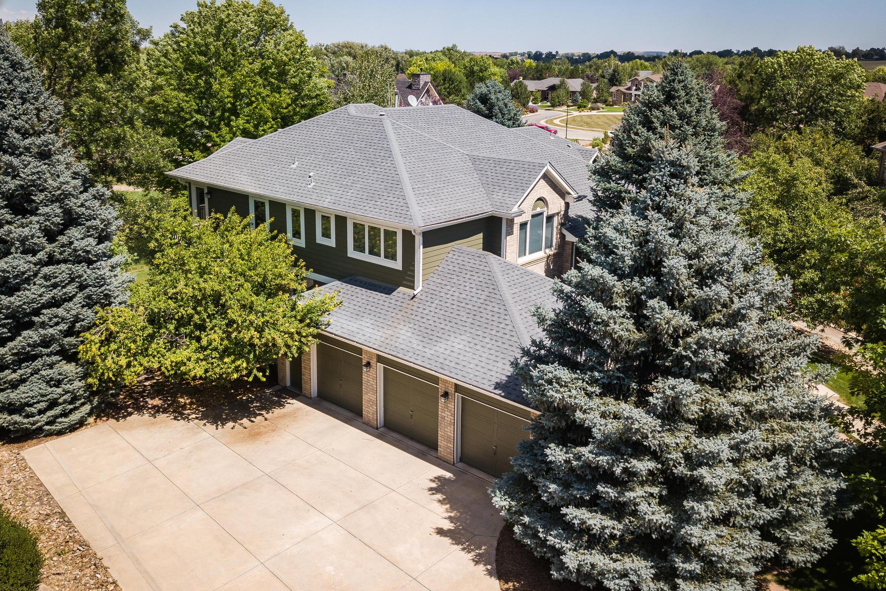 Single Family Homes por un Venta en Beautifully Appointed Blue Heron Home 2424 Ginny Way, Lafayette, Colorado 80026 Estados Unidos