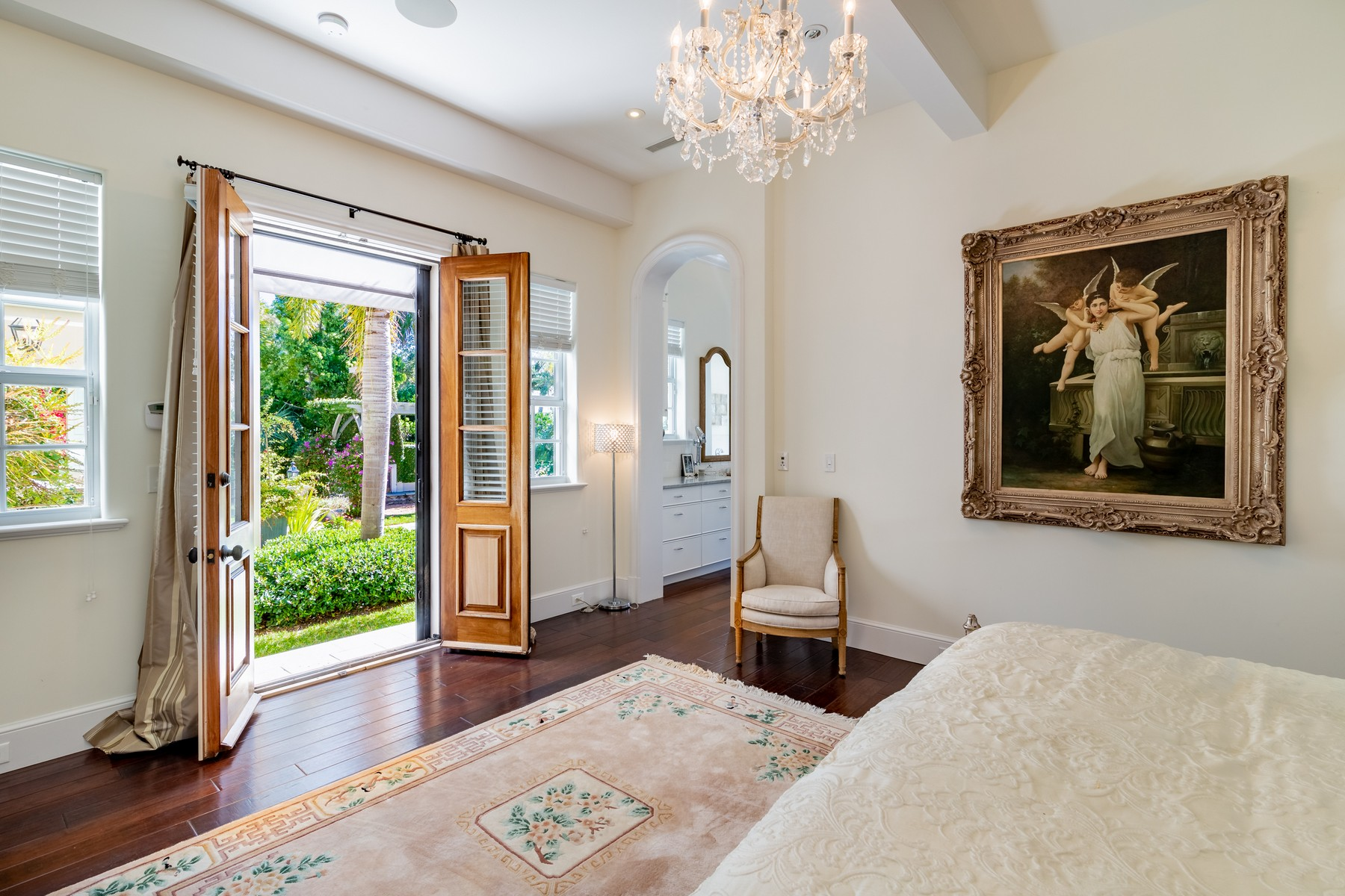Additional photo for property listing at Impeccable Lakefront Estate 131 Shores Drive Vero Beach, Florida 32963 United States
