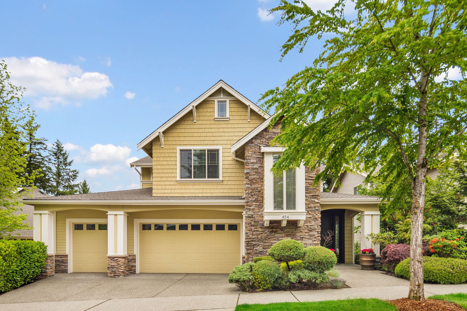 Single Family Homes for Sale at Tranquil Talus Living 454 Wilderness Peak Dr NW Issaquah, Washington 98027 United States