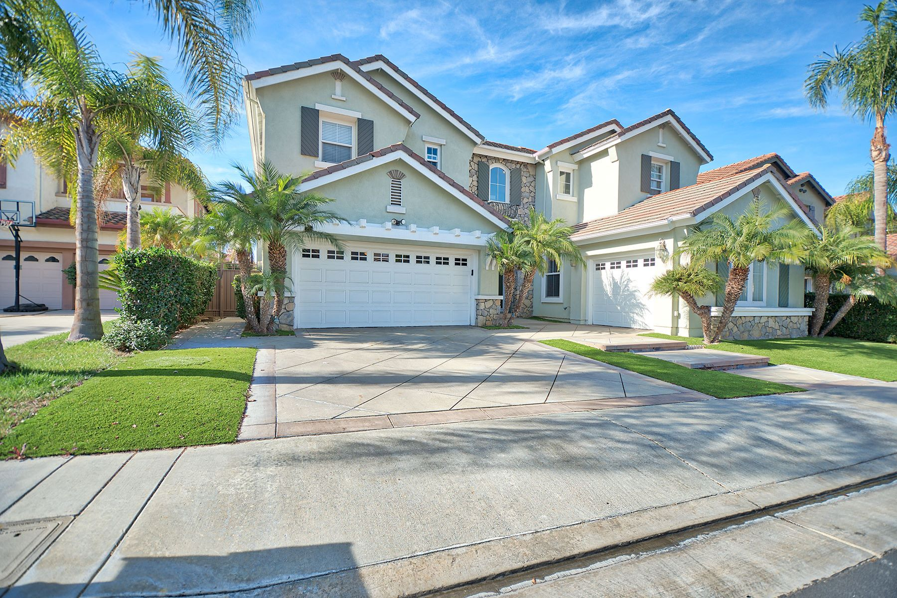 Single Family Home for Sale at 19621 Dearborne Huntington Beach, California, 92648 United States