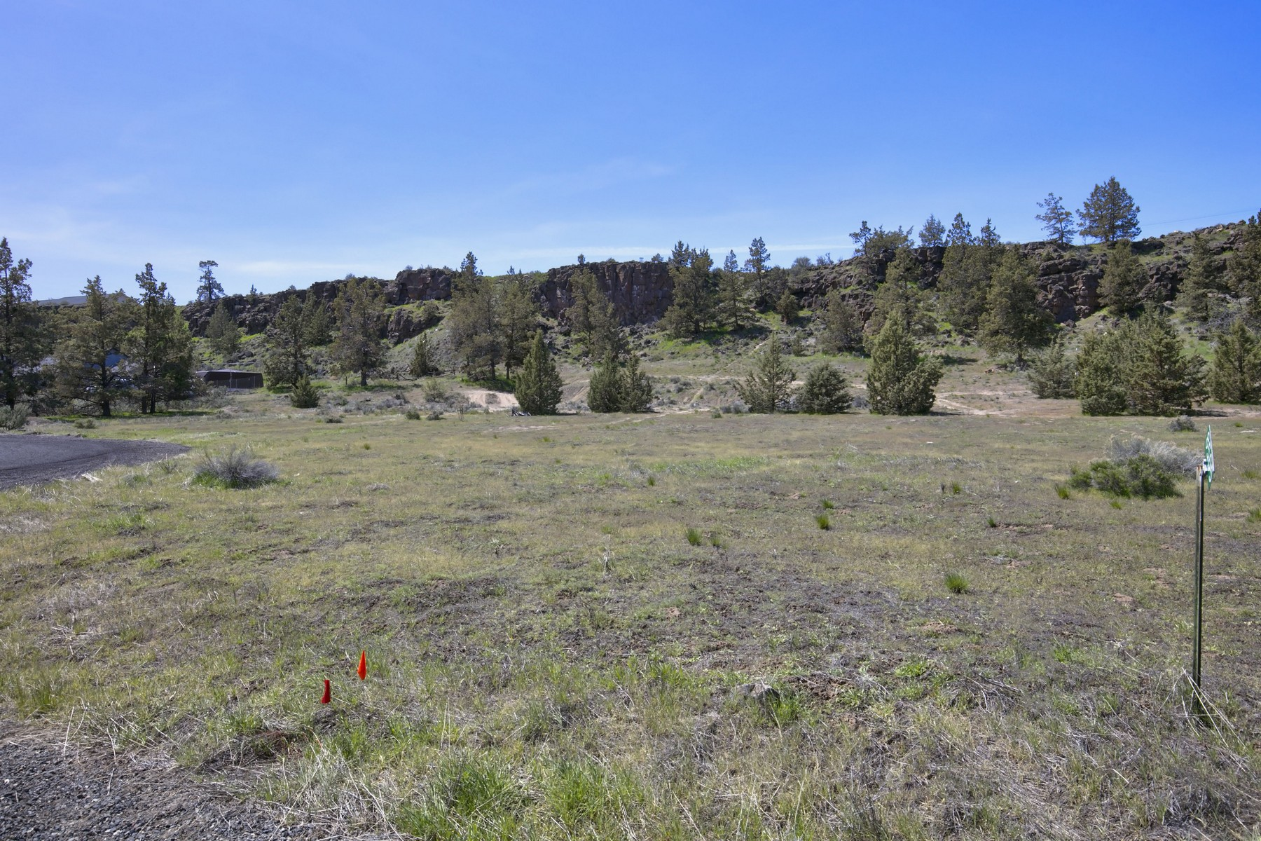 Additional photo for property listing at 8445 NW 19th Street Terrebonne, OR  Terrebonne, Oregon 97760 Estados Unidos