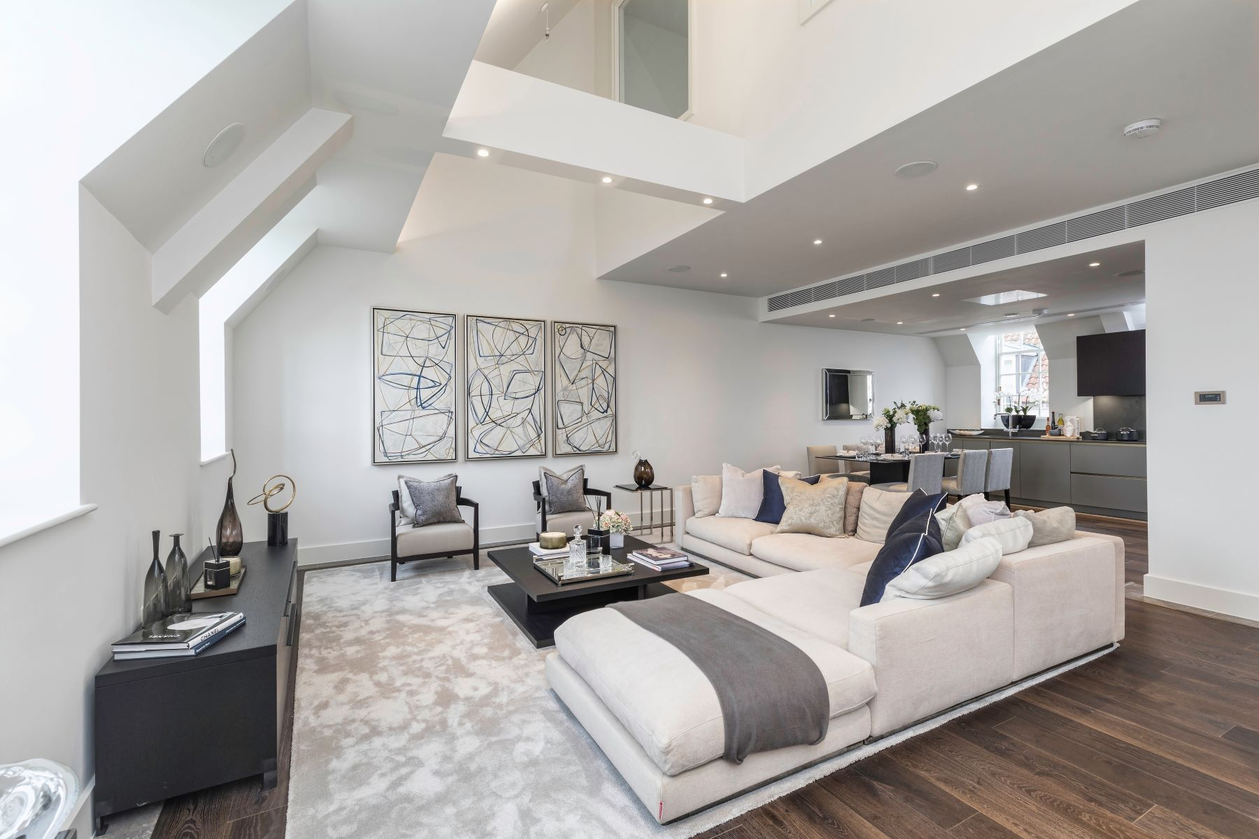 Apartments for Sale at Flat 78 Star and Garter House London, England TW10 6BF United Kingdom