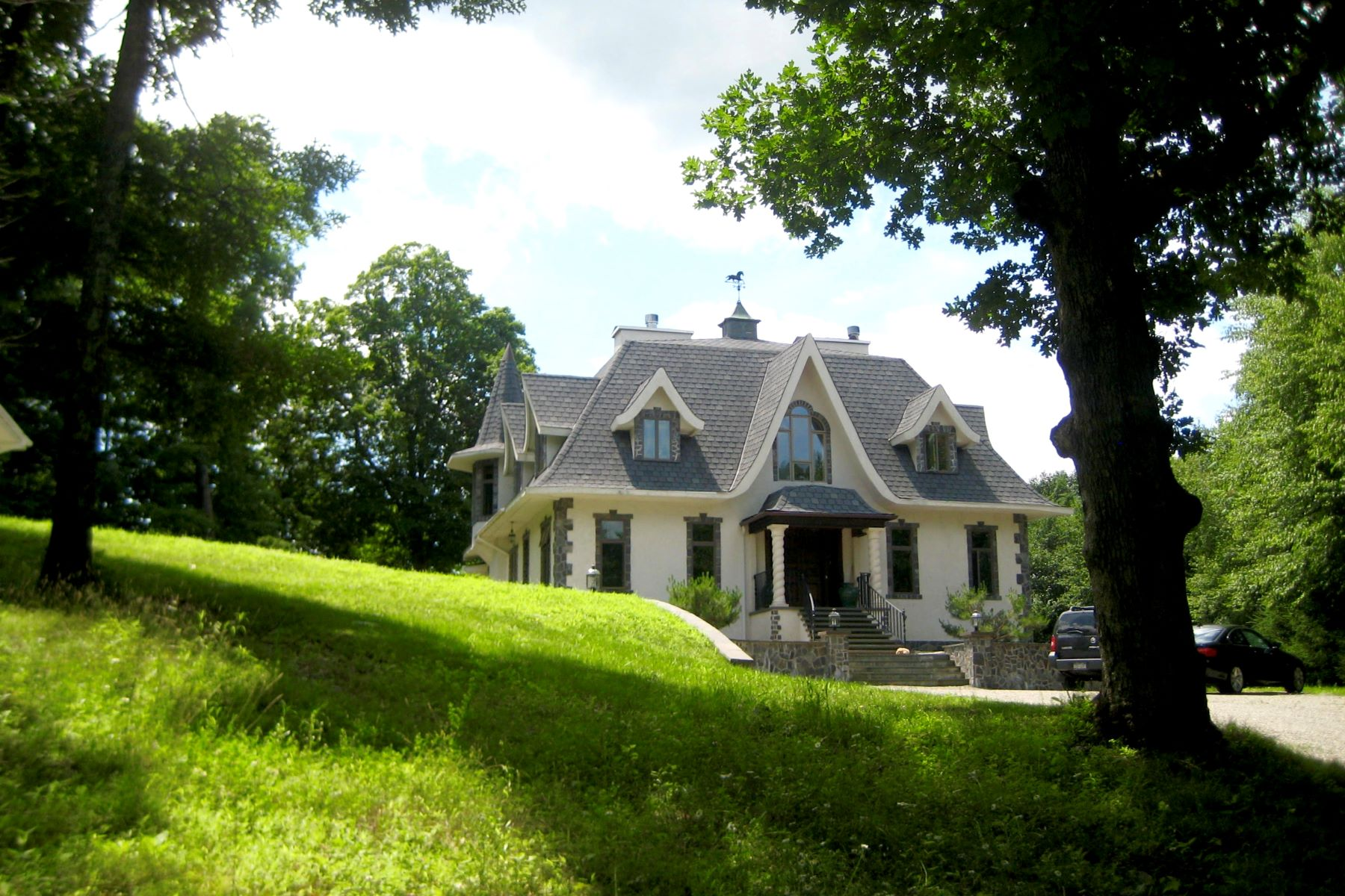 Additional photo for property listing at Private Retreat 28 Hicks Hill Road Stanfordville, New York 12581 United States