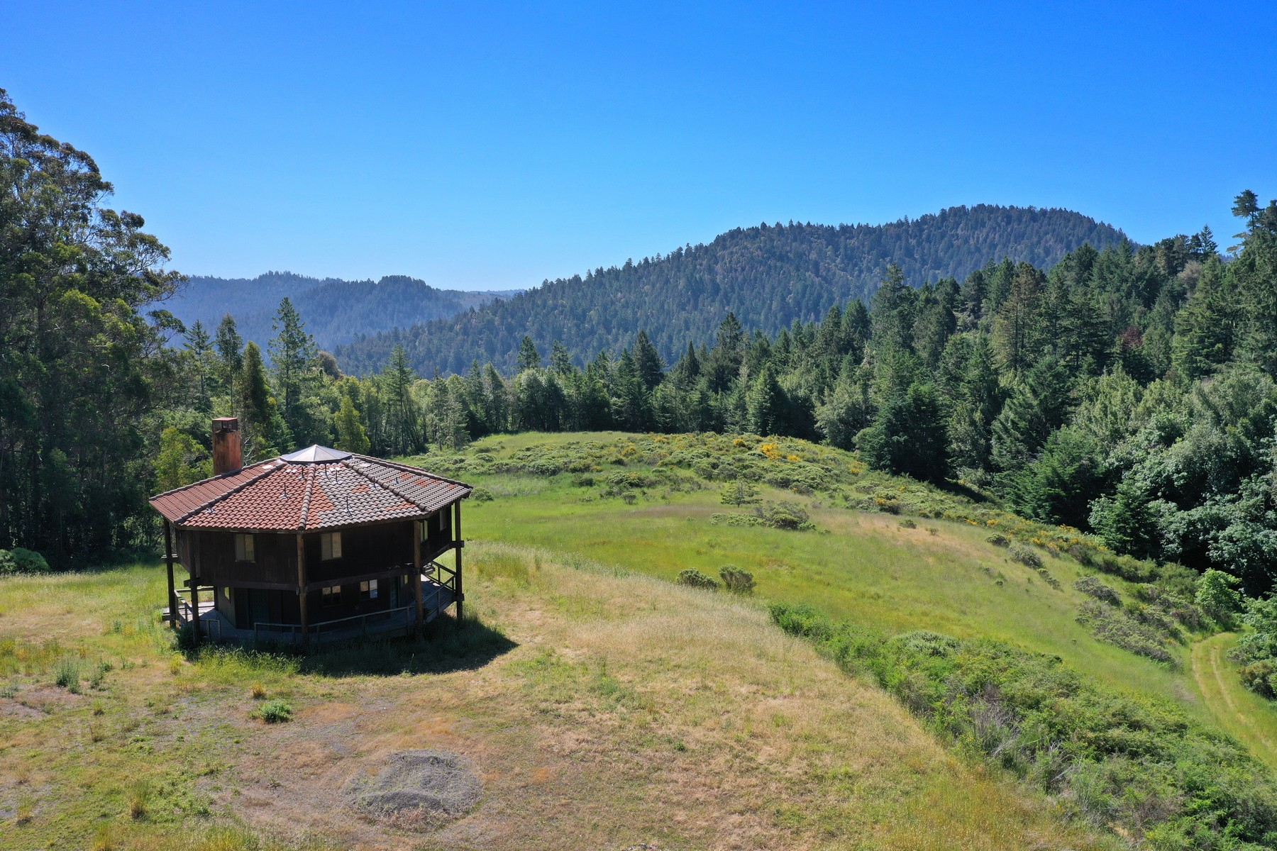 Single Family Homes for Sale at Breathtaking Mountaintop Views 22453 Highway 116 Monte Rio, California 95462 United States