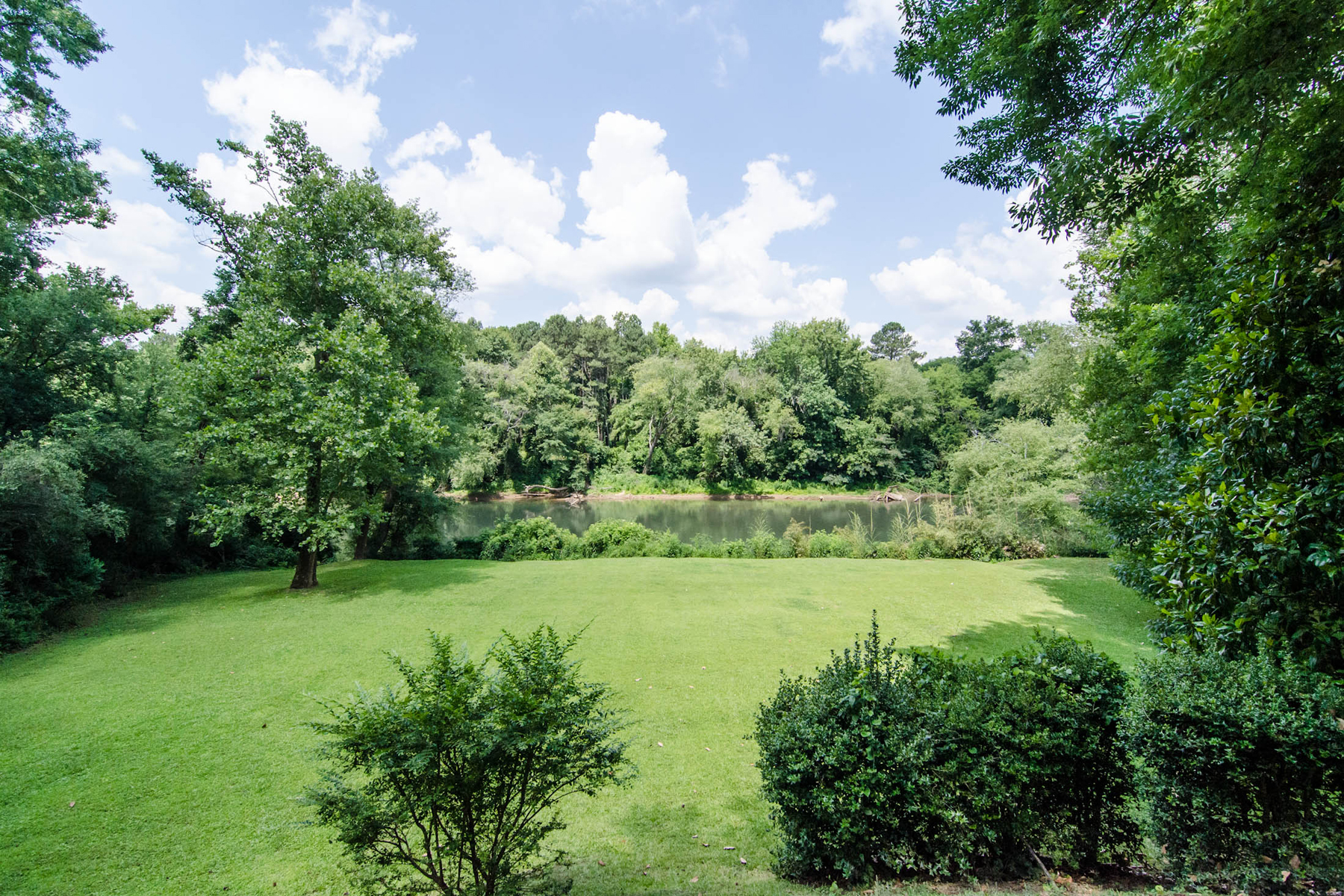 土地 為 出售 在 Beautiful Almost Ten Acres Overlooking The Chattahoochee River 2012 W Paces Ferry Road Buckhead, Atlanta, 喬治亞州, 30327 美國