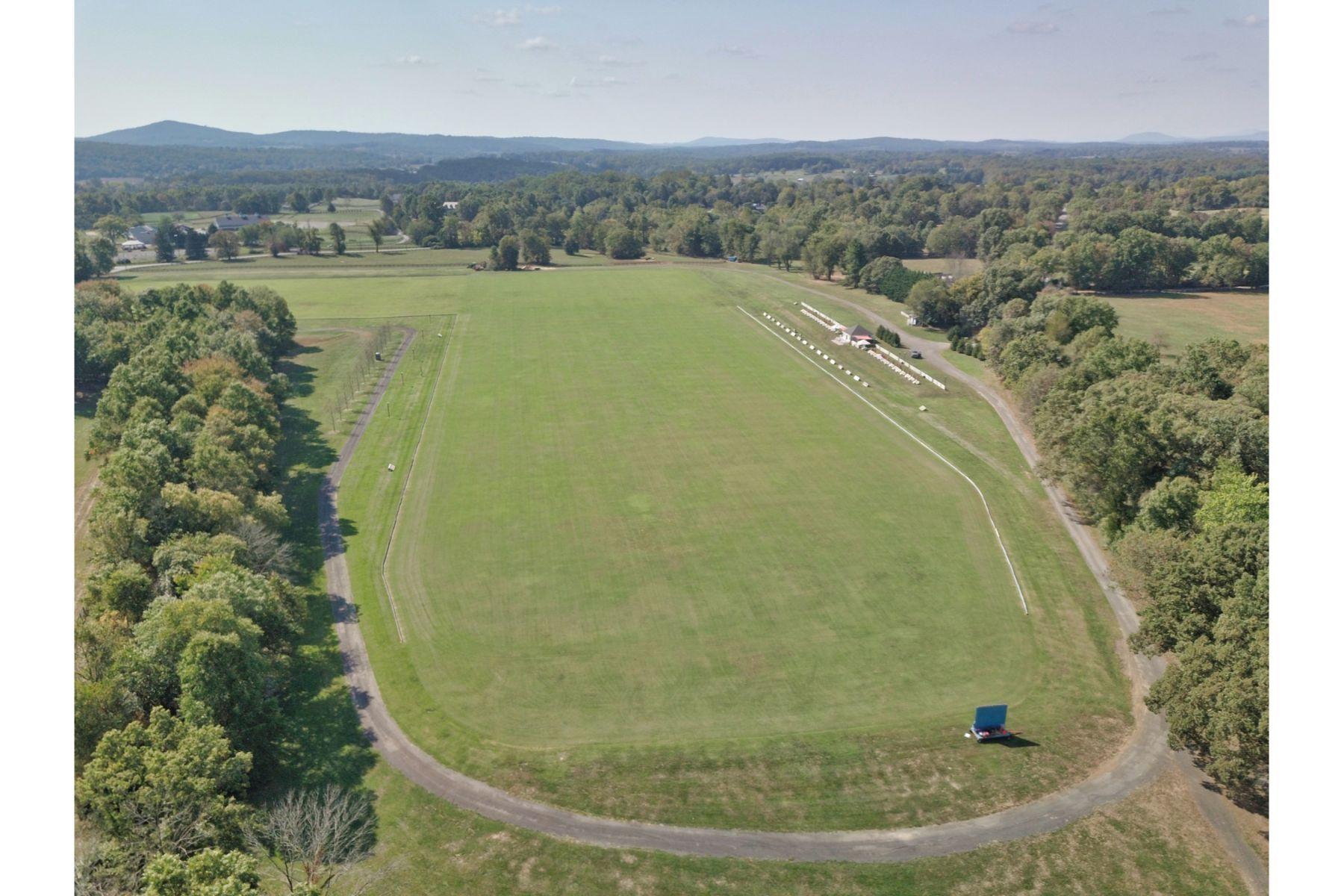 Granjas / Hacienda / Platanción por un Venta en Banbury Cross Polo Fields 23156 Carters Farm Lane Middleburg, Virginia 20117 Estados Unidos