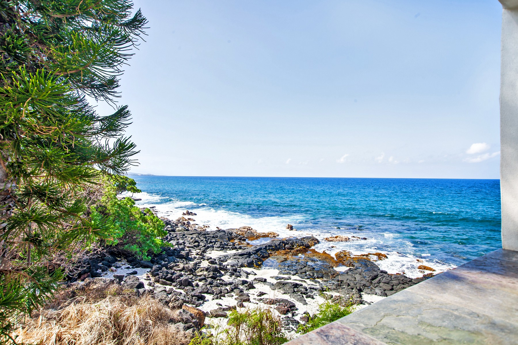 Eigentumswohnung für Verkauf beim Casa de Emdeko 75-6082 Alii Dr. A217 Kailua-Kona, Hawaii, 96740 Vereinigte Staaten