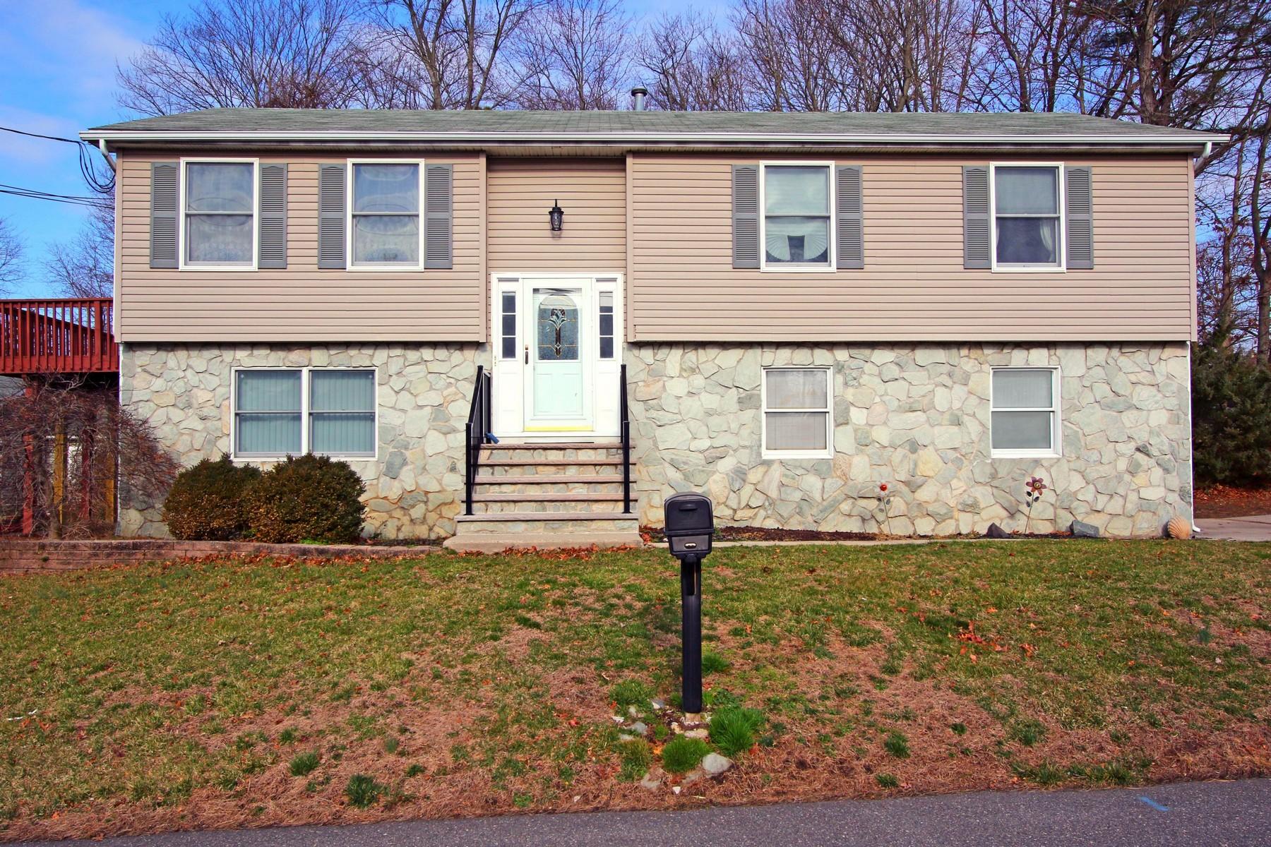 Villa per Vendita alle ore 2401 Lincoln Ave. Wall, New Jersey, 07719 Stati Uniti
