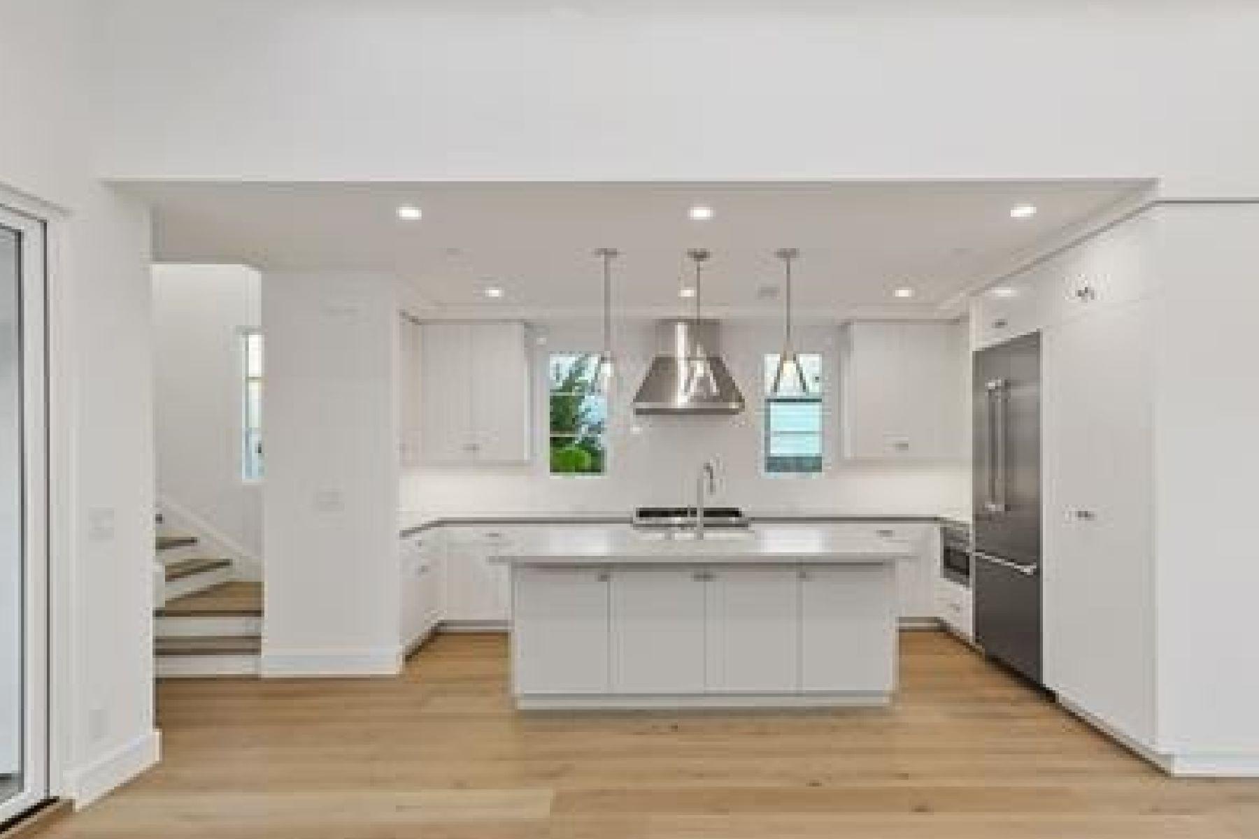 Single Family Homes for Active at 606 .5 Larkspur Avenue Corona Del Mar, California 92625 United States