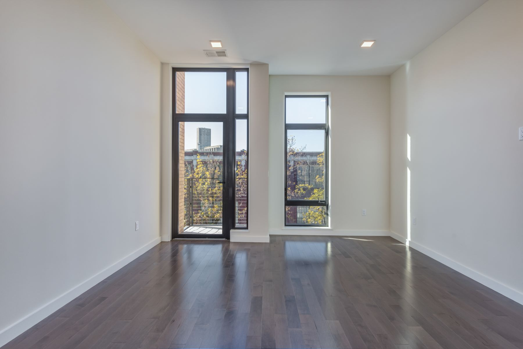 Additional photo for property listing at Laclede Ave 4101 Laclede Ave # 414 St. Louis, Missouri 63108 United States