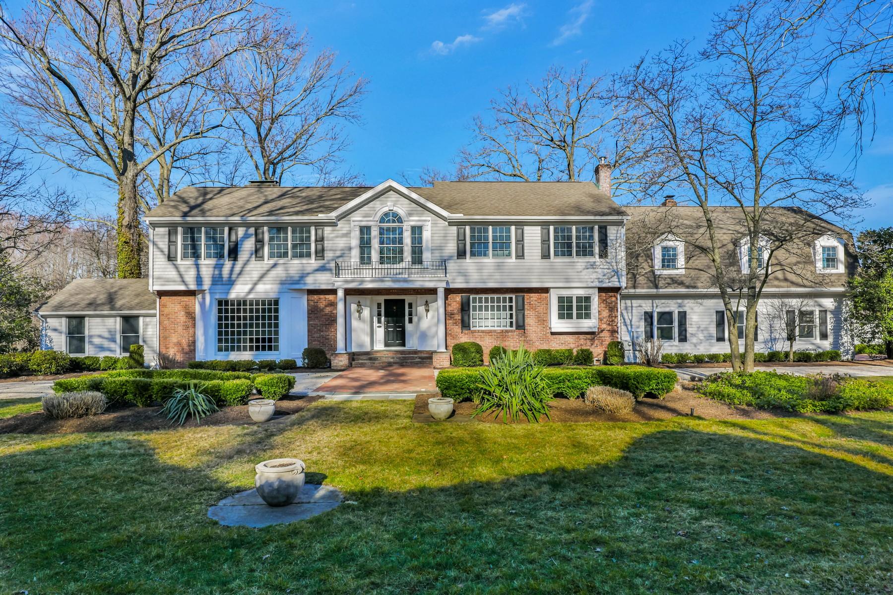 Single Family Homes per Vendita alle ore Tranquility Abounds 79 Buena Vista Avenue Rumson, New Jersey 07760 Stati Uniti