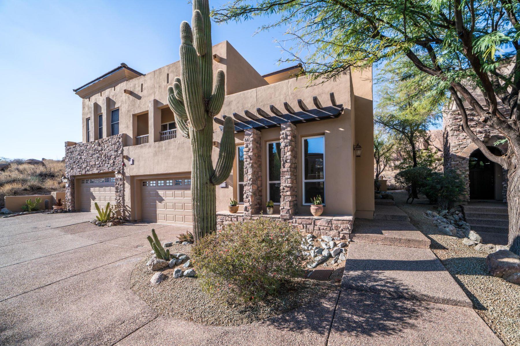 Частный односемейный дом для того Продажа на Incredible Home in Perfect Location 28990 N White Feather LN 111, Scottsdale, Аризона, 85262 Соединенные Штаты