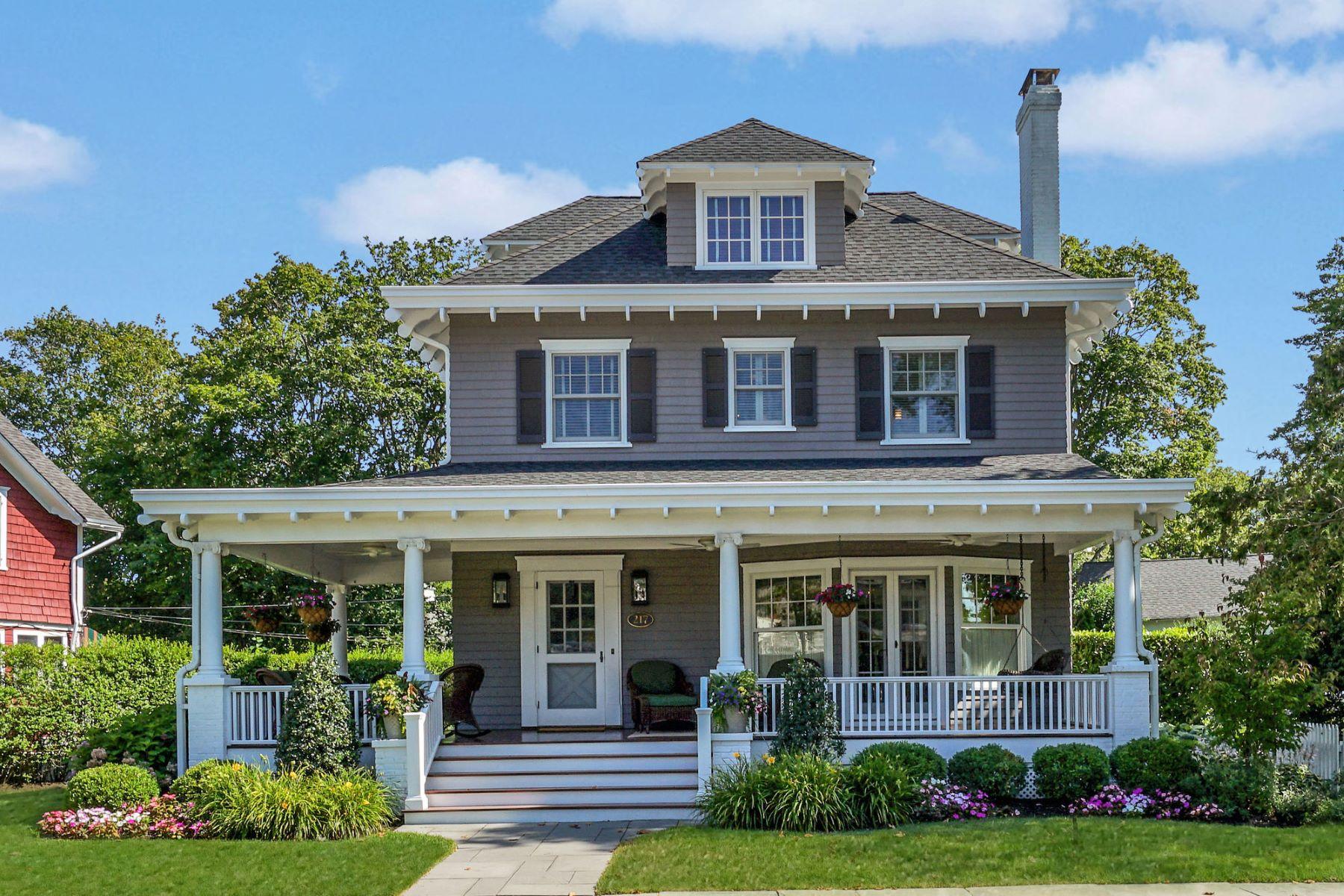 Single Family Homes για την Πώληση στο Quintessential Sea Shore Colonial 217 Brighton Avenue, Spring Lake, Νιου Τζερσεϋ 07762 Ηνωμένες Πολιτείες