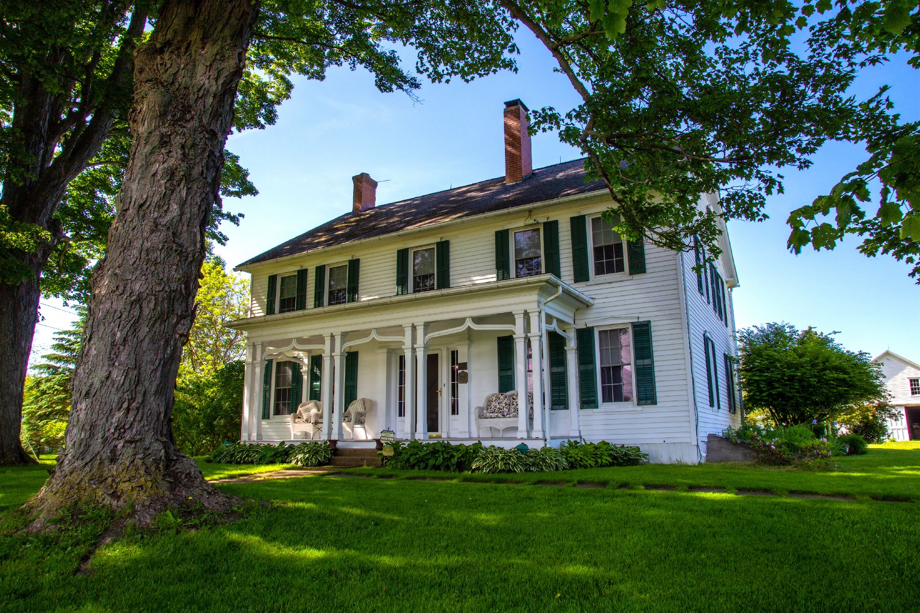 Single Family Homes für Verkauf beim The Beardslee Homestead 101 State Highway 80, New Berlin, New York 13411 Vereinigte Staaten