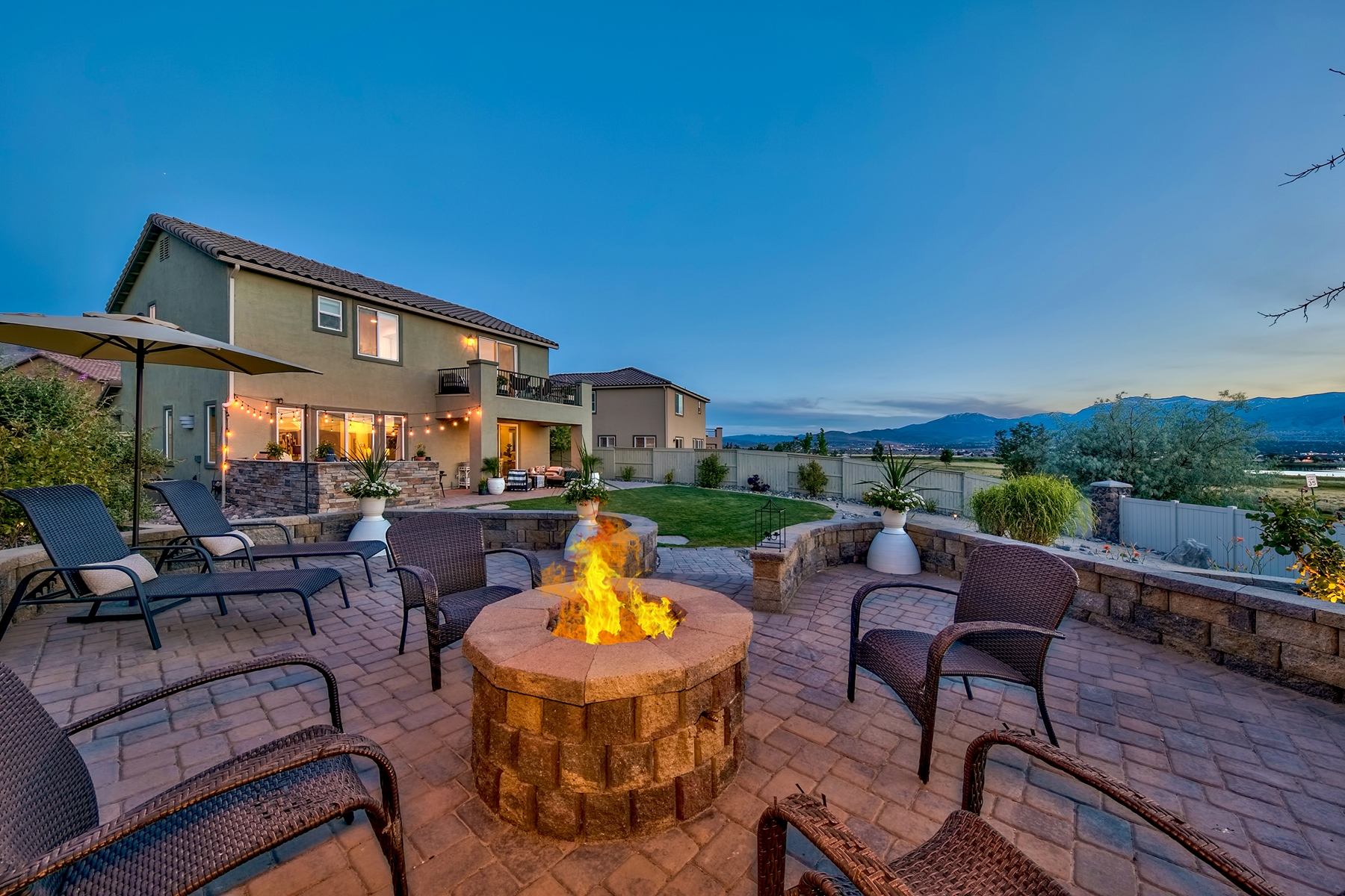 Single Family Homes for Active at 2835 Show Jumper Lane, Reno, Nevada 2835 Show Jumper Lane Reno, Nevada 89521 United States