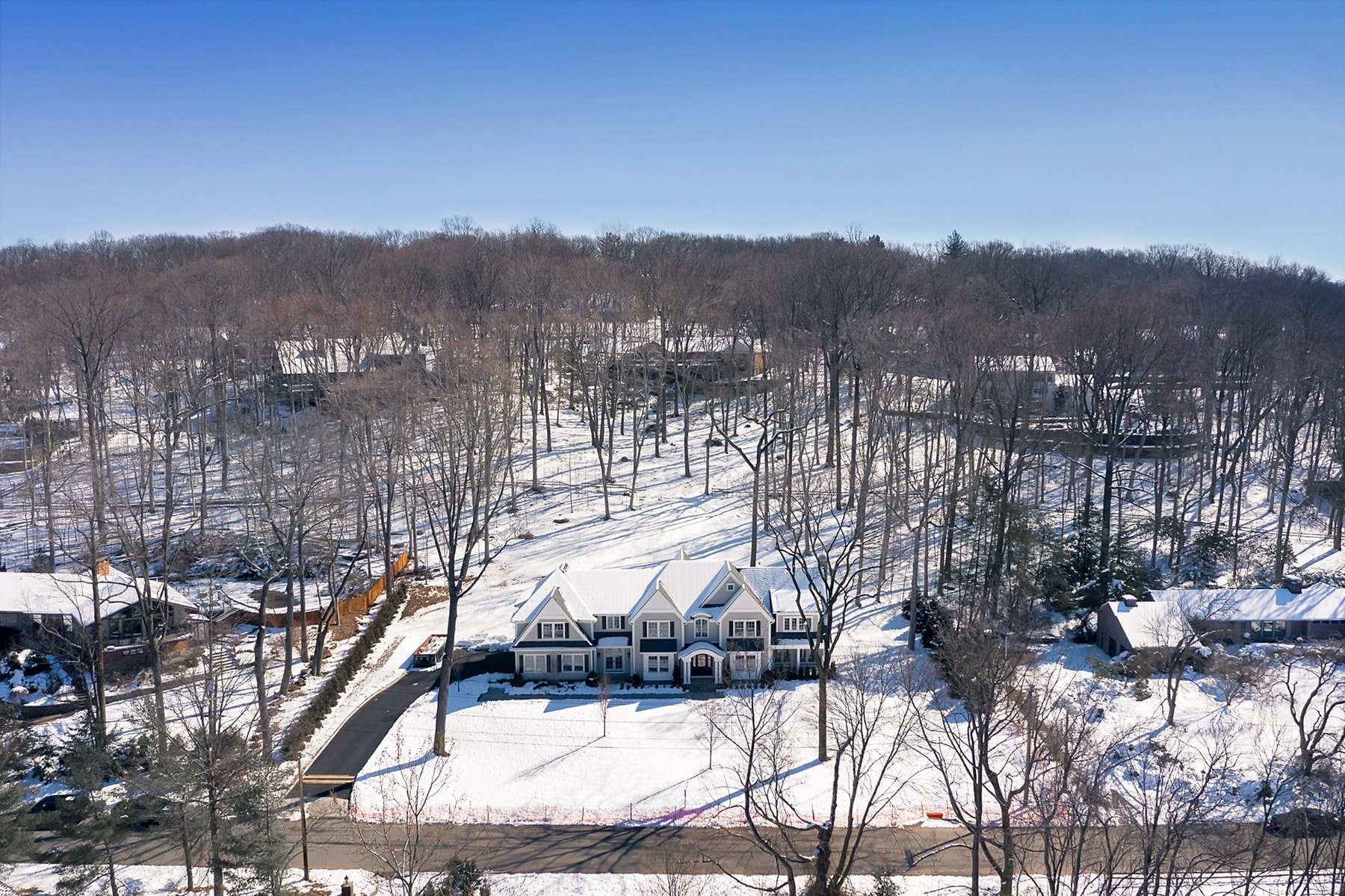 Single Family Homes for Sale at Private and Sophisticated New Construction. 21 North Saddle Brook Drive, Ho Ho Kus, New Jersey 07423 United States
